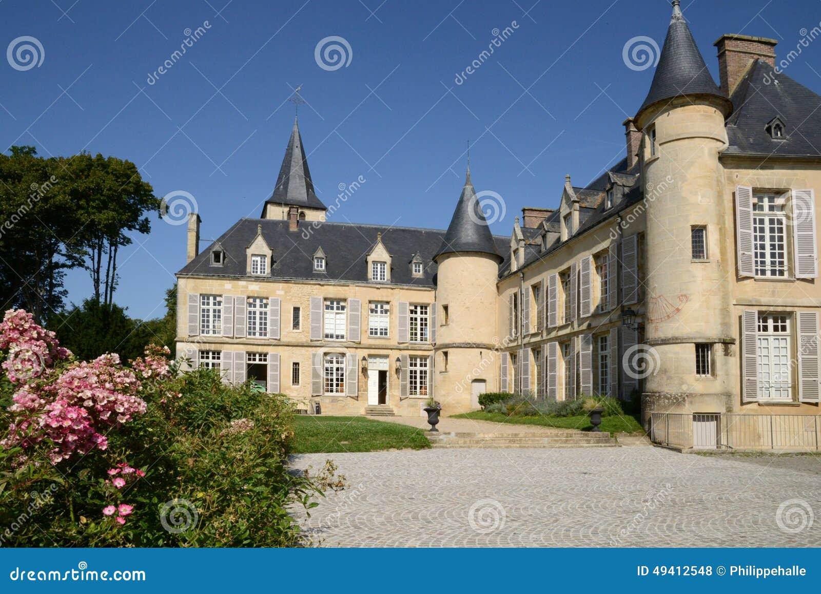 Download Ile De France, Malerisches Dorf Von Themericourt In Val D Oise Redaktionelles Stockfoto - Bild von outdoor, draußen: 49412548