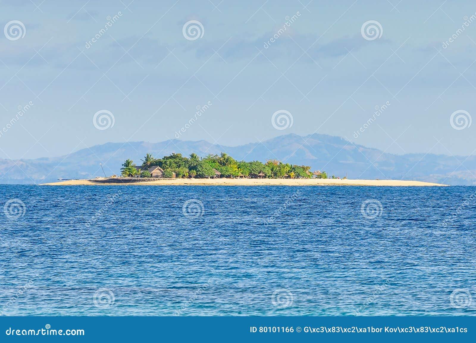 Ilha do vagabundo de praia em Fiji