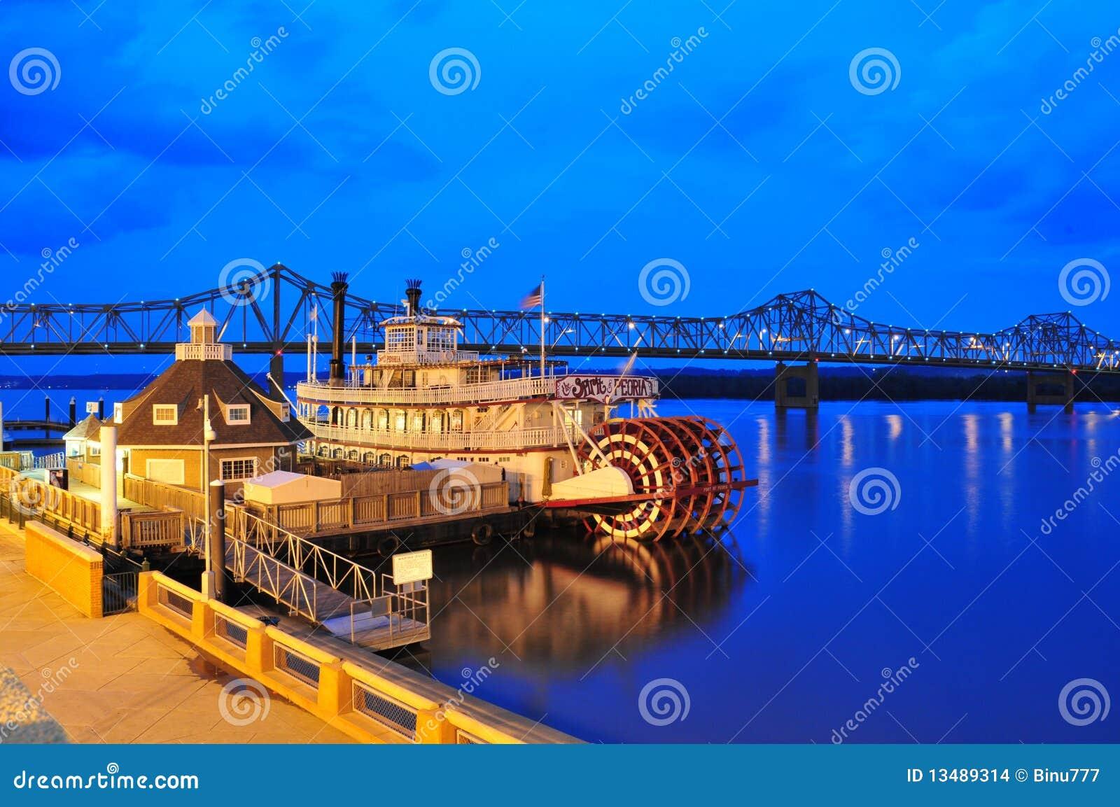 Illinois steamboat at twilight