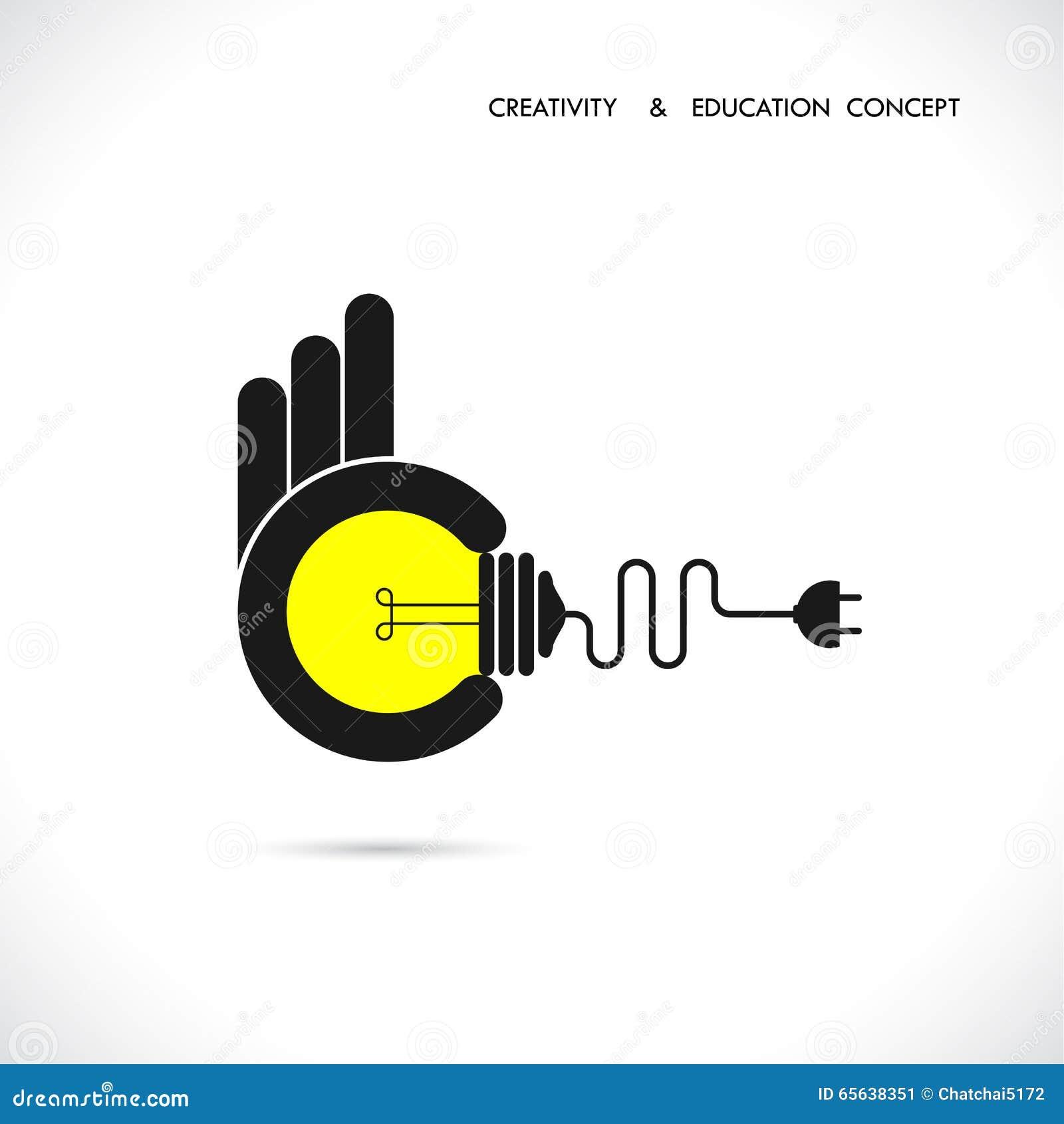 Illustration plate d une concurrence de grandes idées Main tenant l ampoule