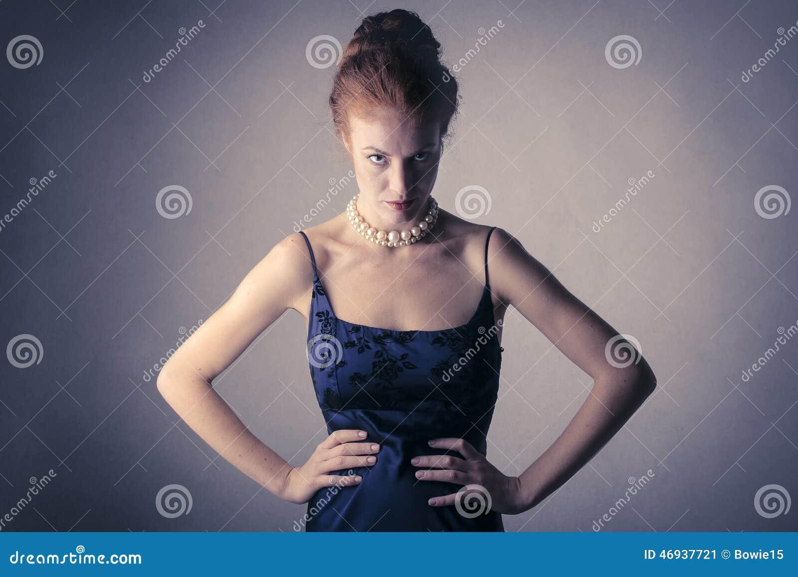Ilsken flott kvinna
