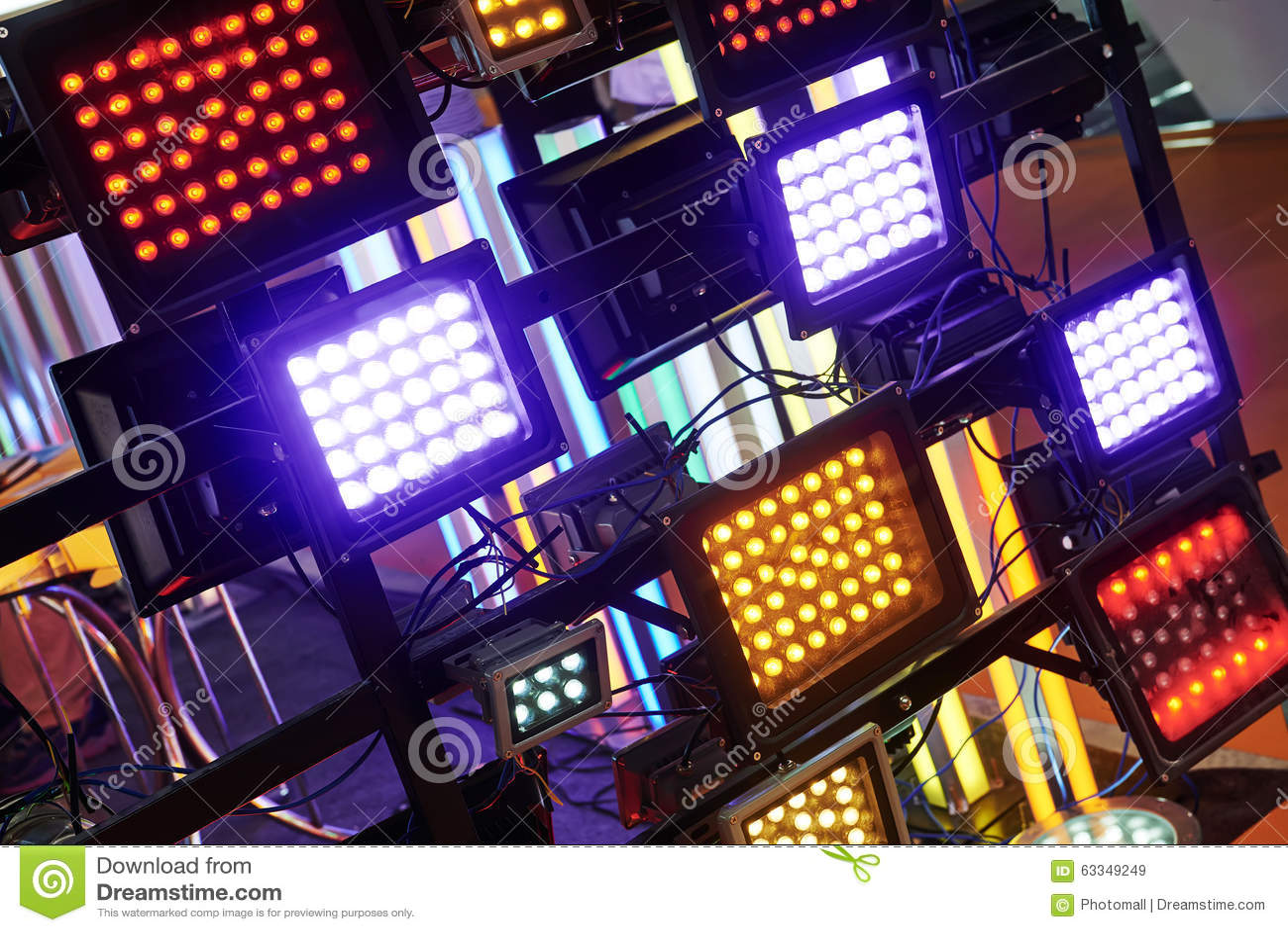 Iluminação conduzida da fase
