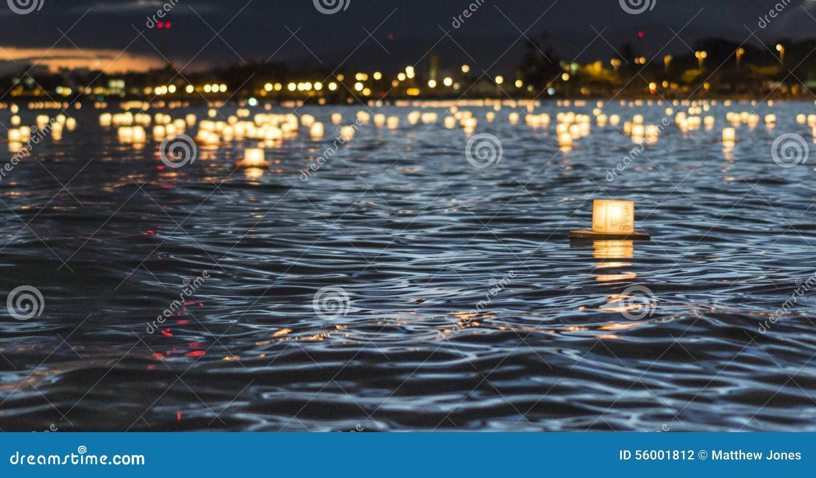 Iluminación de la linterna de Memorial Day