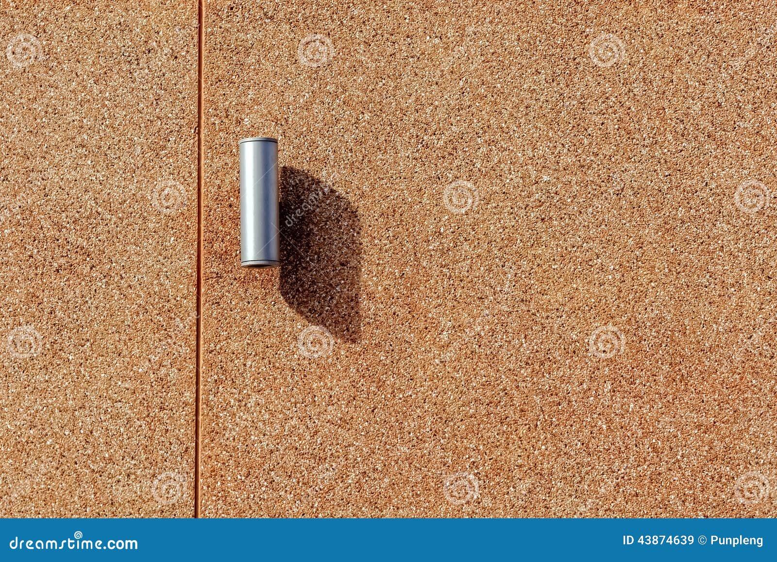 Iluminaci n de la pared en el muro de cemento de brown - Paredes de cemento ...