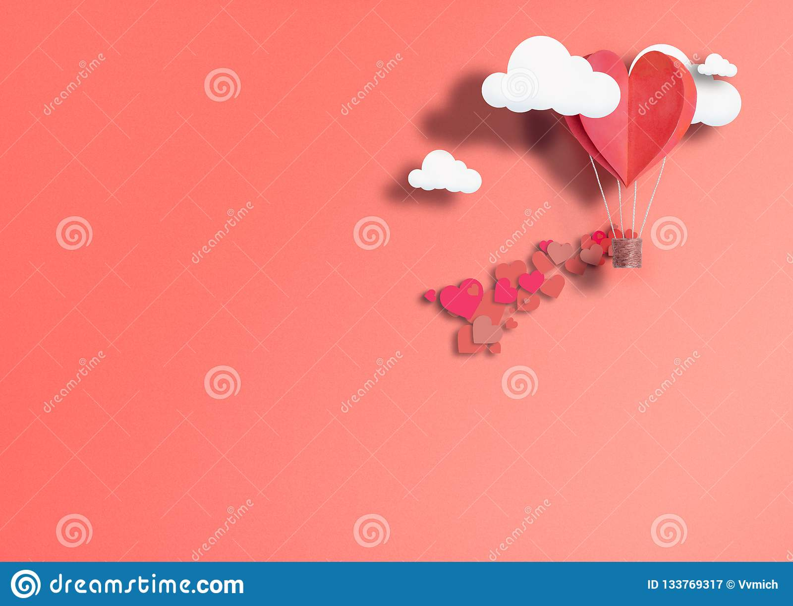 Ilustracja dla walentynki ` s dnia Żywy serce kształtujący balony Żyje Koralowej komarnicy wśród pochwały miłości i chmur Pojęcie