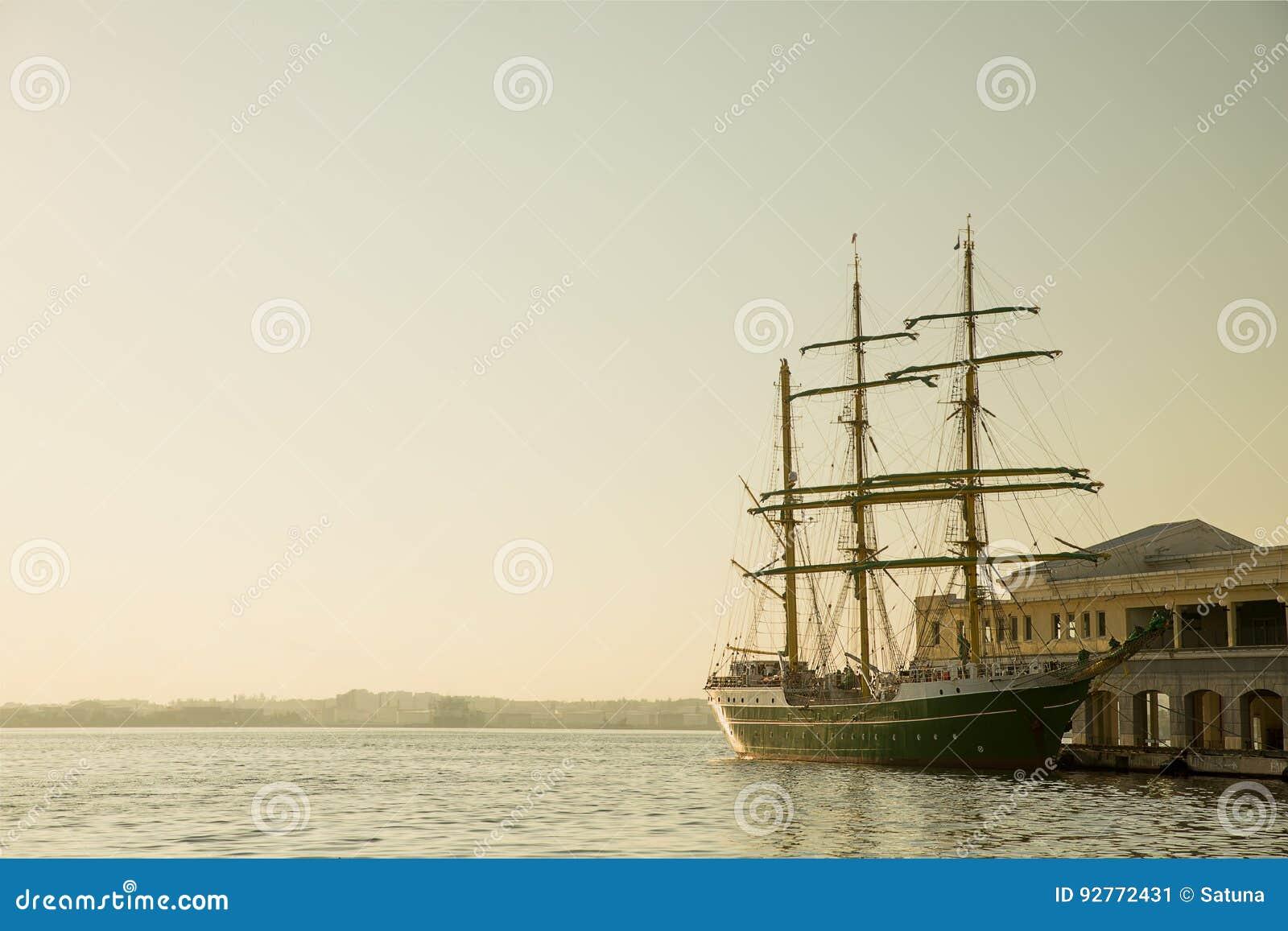 Im altem Stil Segel-Boot bei Havana Harbor