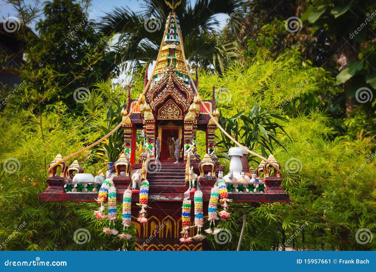 Im Freien Buddhistischer Altar Stockbild - Bild: 15957661 Buddhistischer Altar Als Deko