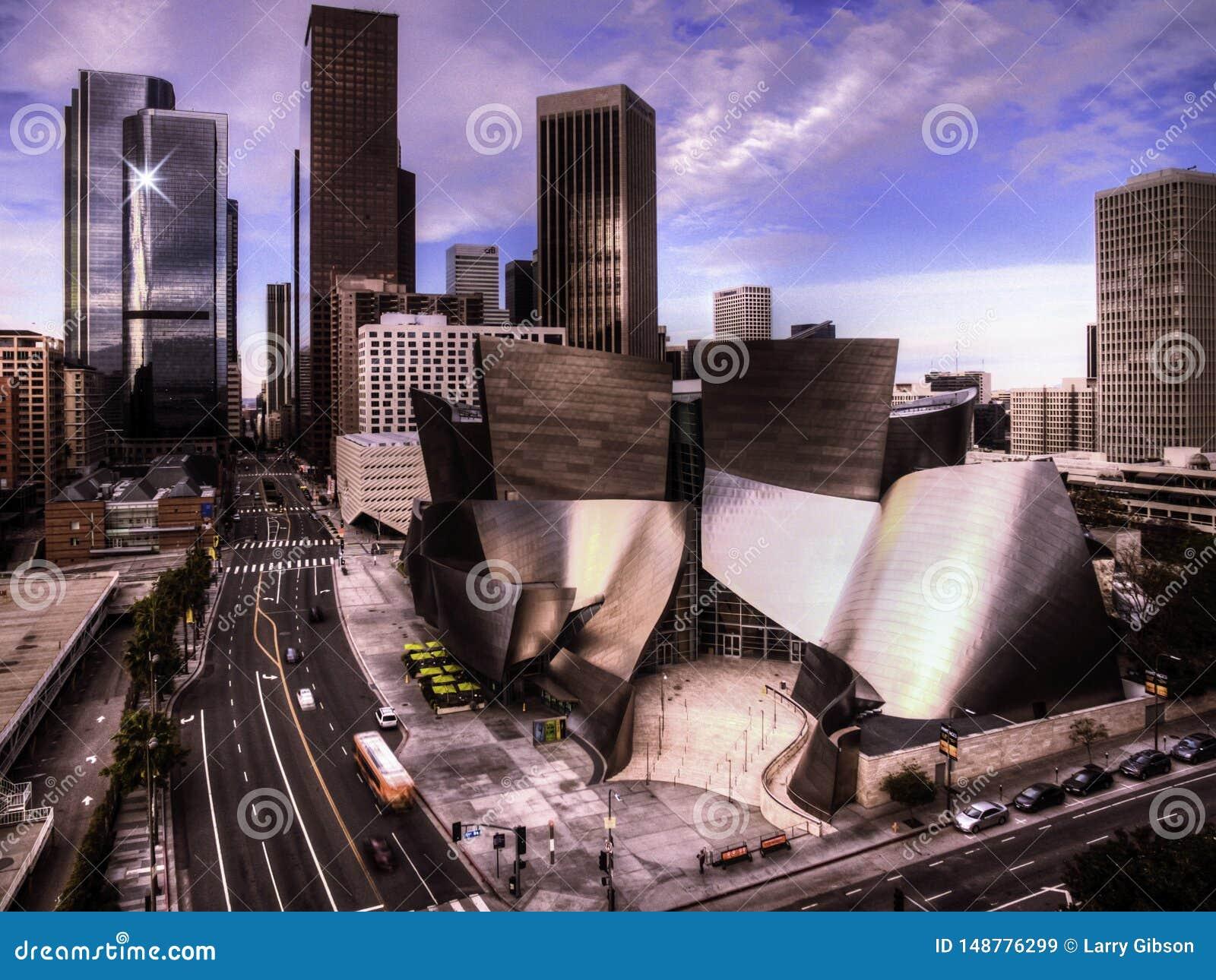 Im Stadtzentrum gelegenes Los Angeles und der Disney-Konzertsaal