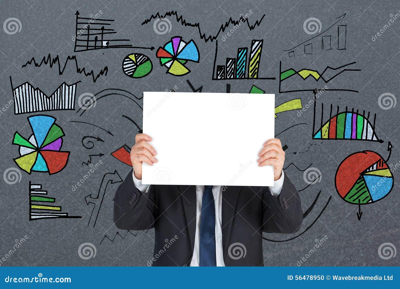 Image composée d homme d affaires mûr montrant la carte