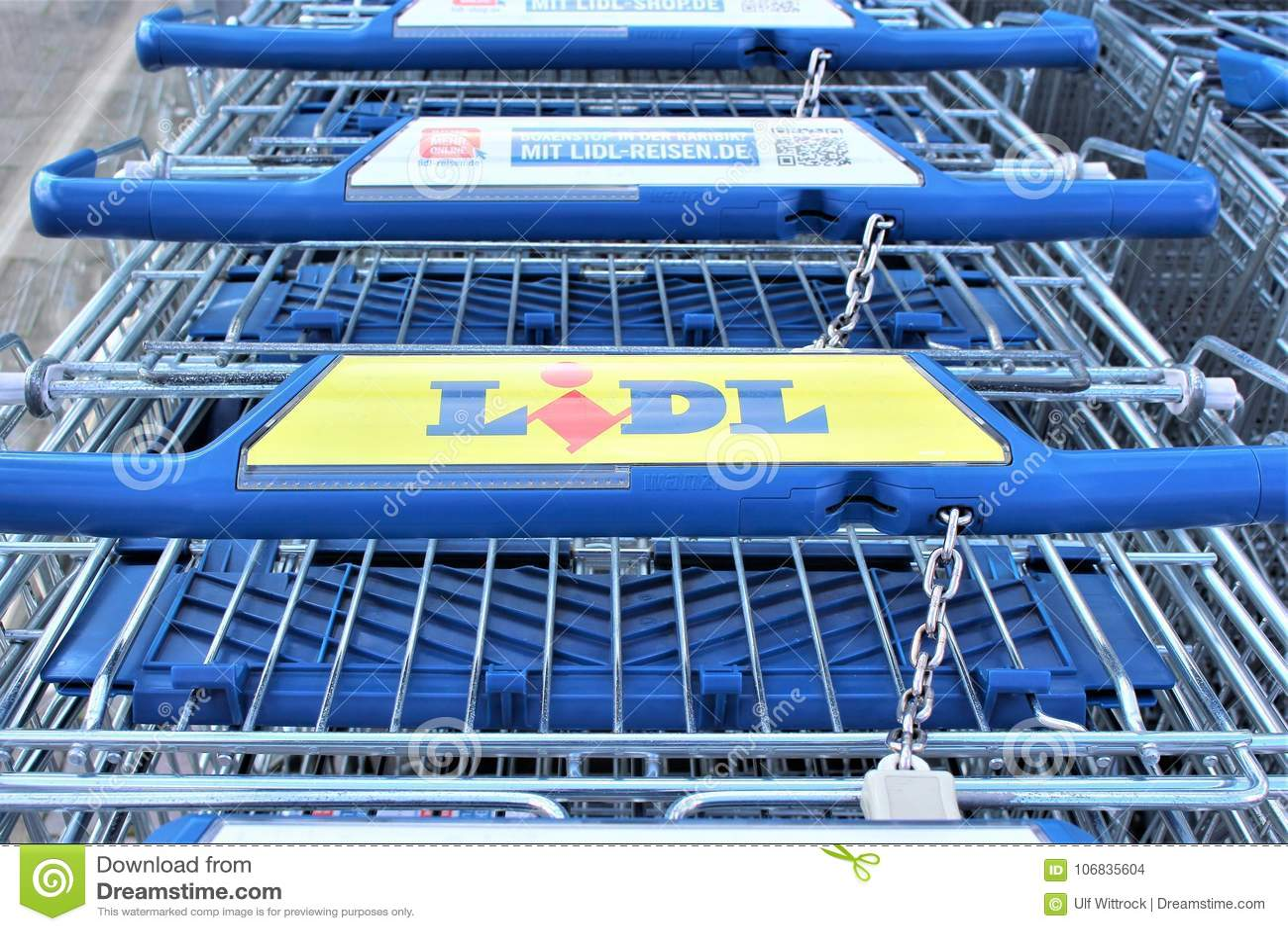 An Image Of A LIDL Supermarket Logo - Melle/Germany - 08/06