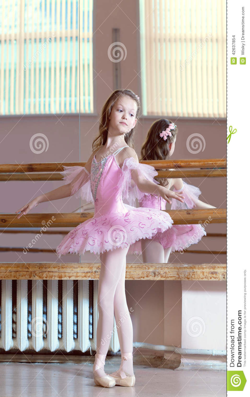 Petite ballerinas