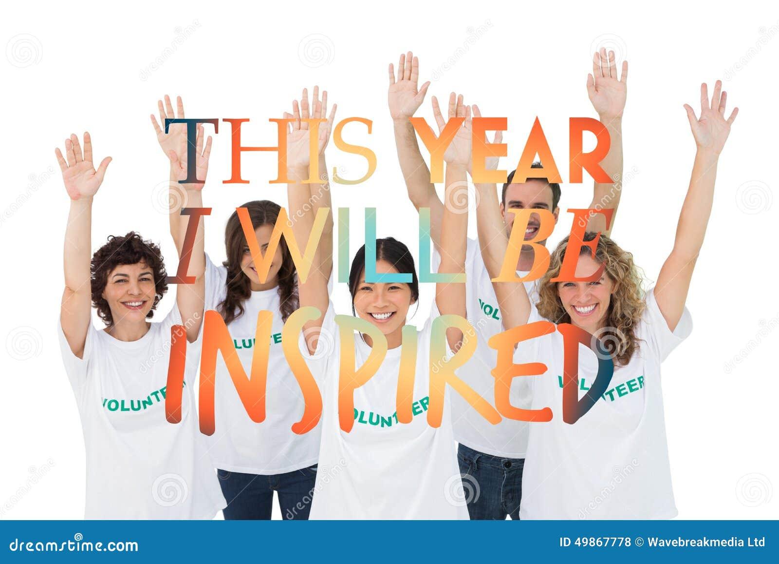 Imagem composta do grupo de voluntários que aumentam os braços