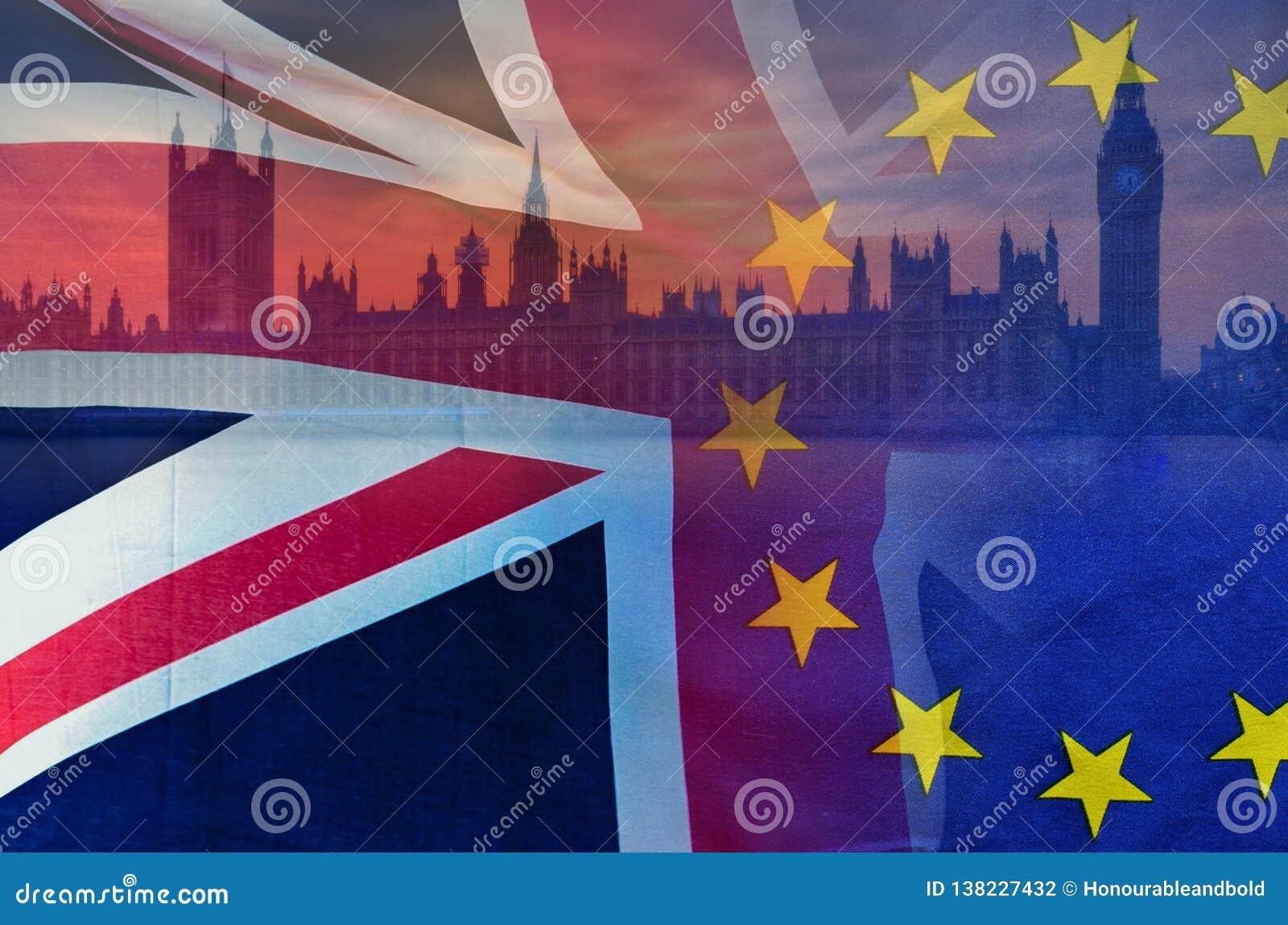 A imagem conceptual de BREXIT da imagem de Londres e as bandeiras do Reino Unido e da UE cobriram a simbolização do acordo e do n