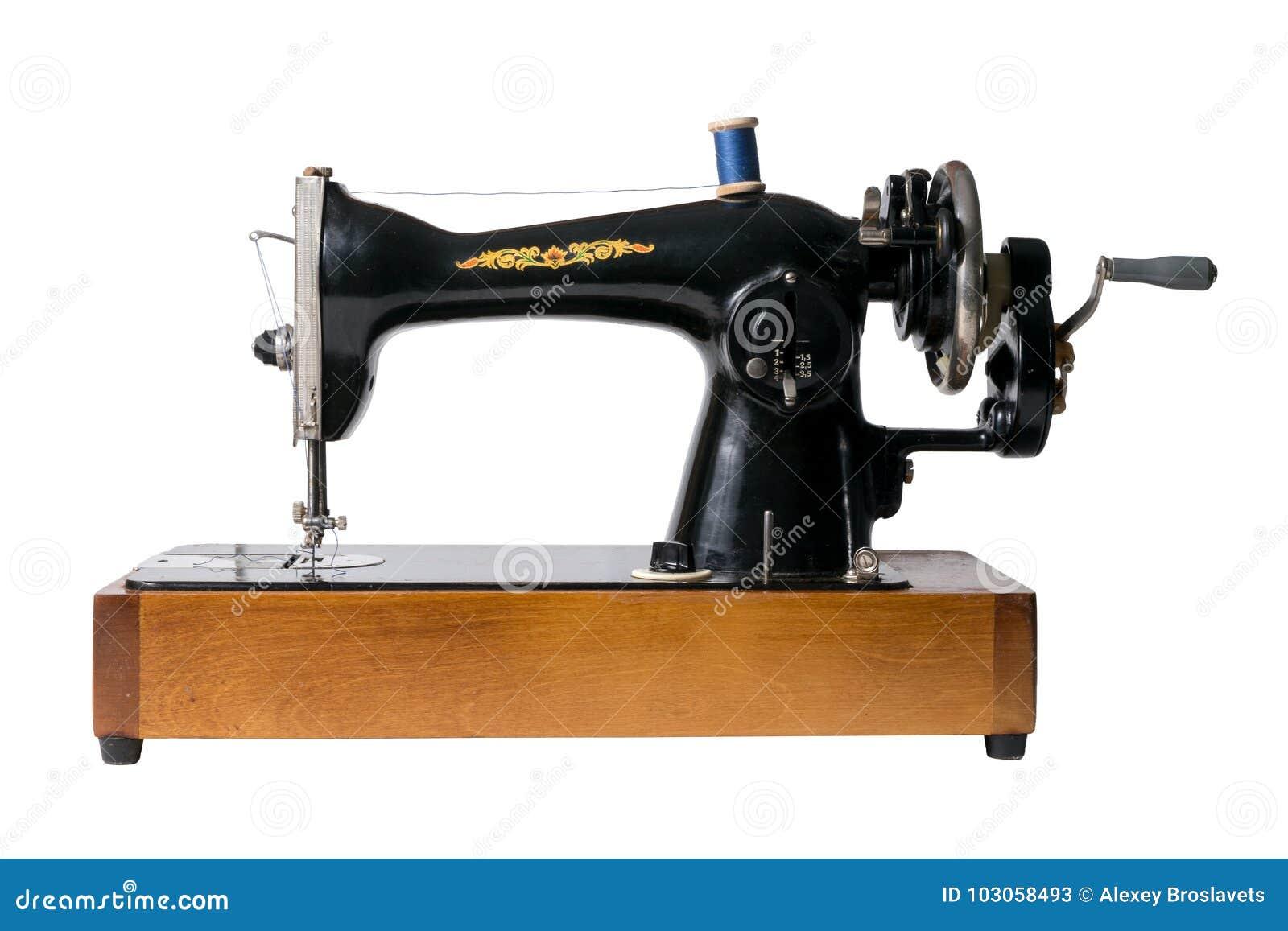 Imagem da máquina de costura soviética do vintage isolada no backgro branco