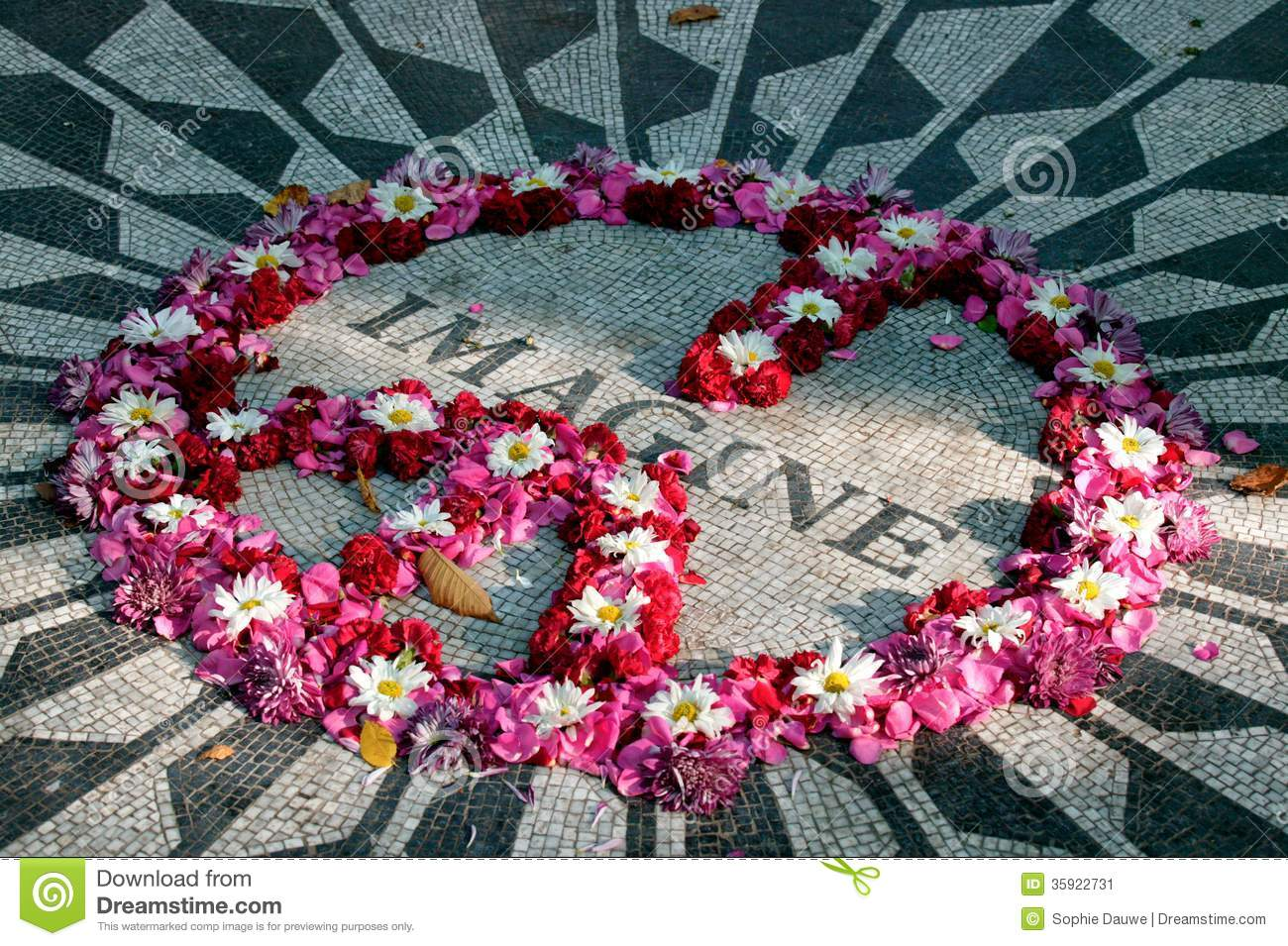 imagine mosaic strawberry fields in central park