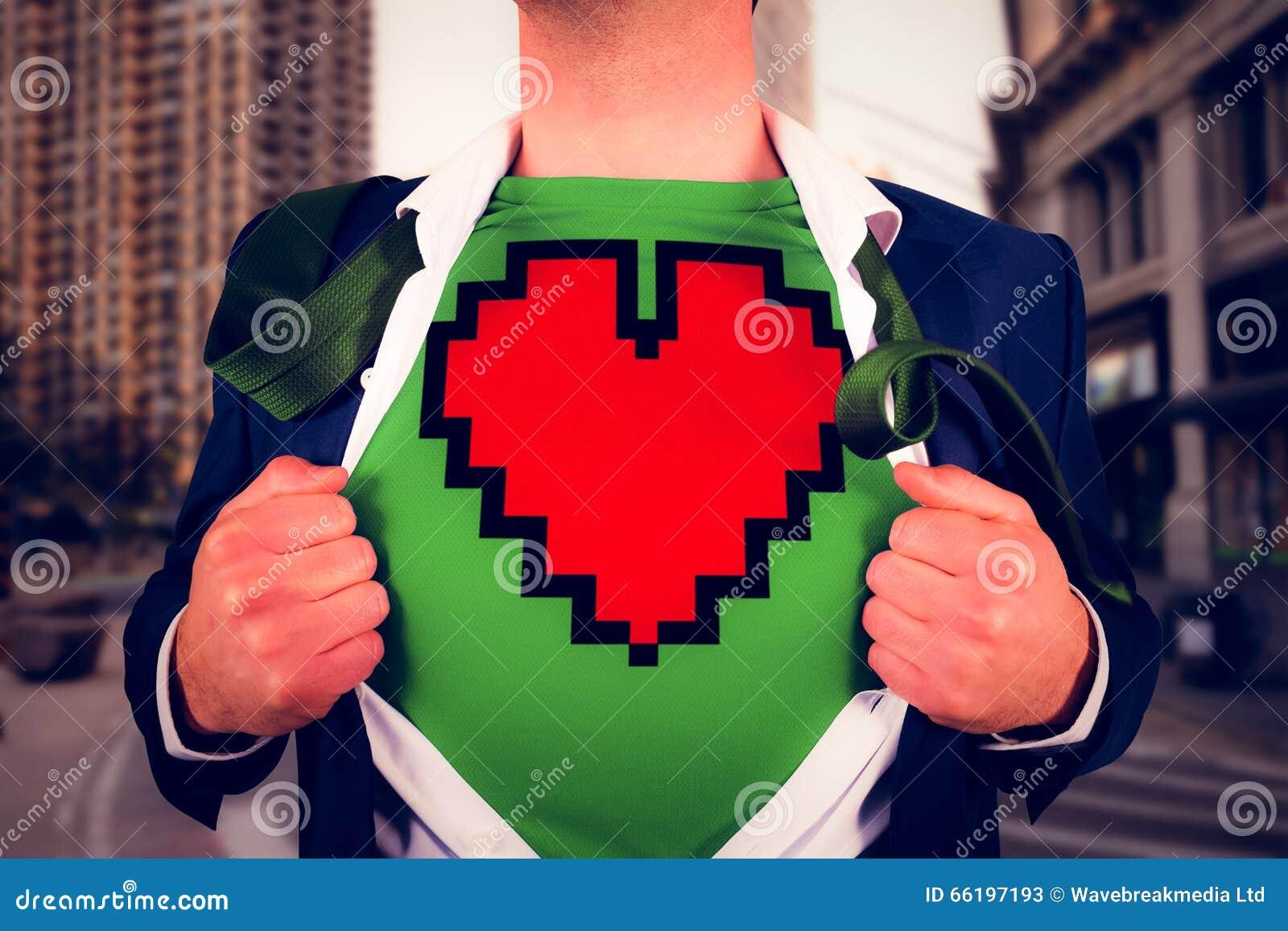 Immagine composita della camicia di apertura dell uomo d affari nello stile del supereroe