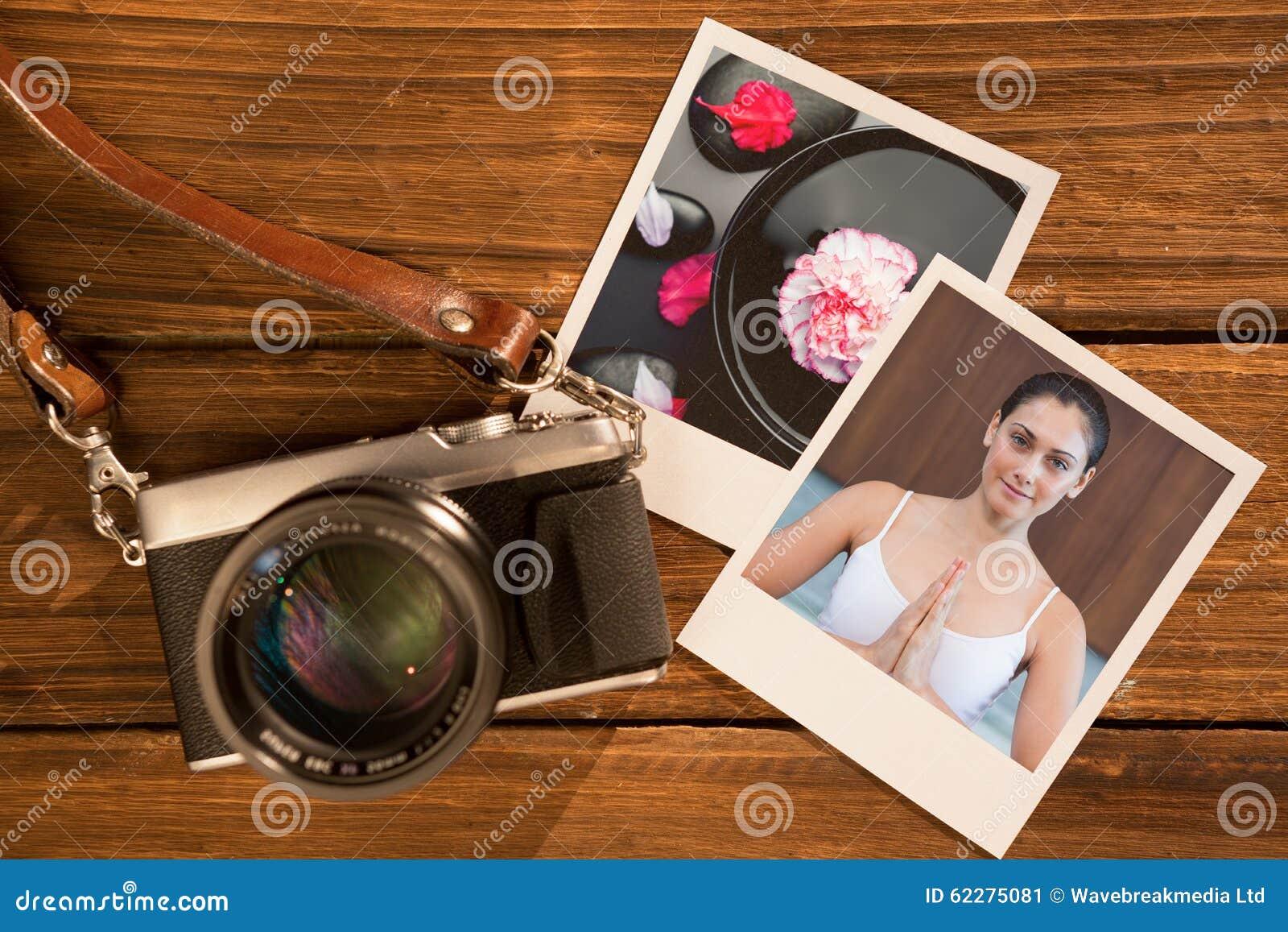 Immagine composita della donna pacifica nella seduta bianca nella posa del loto