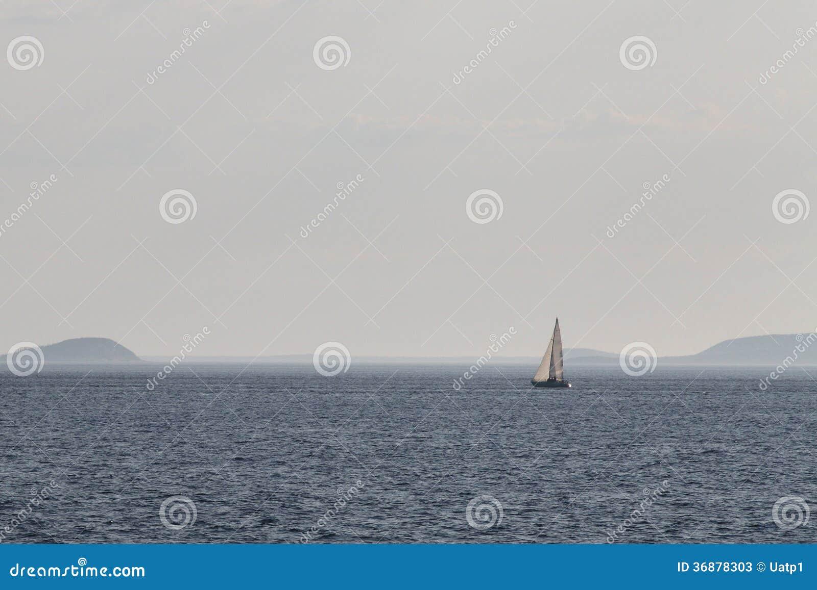 Download Immagine del mar Bianco immagine stock. Immagine di seascape - 36878303