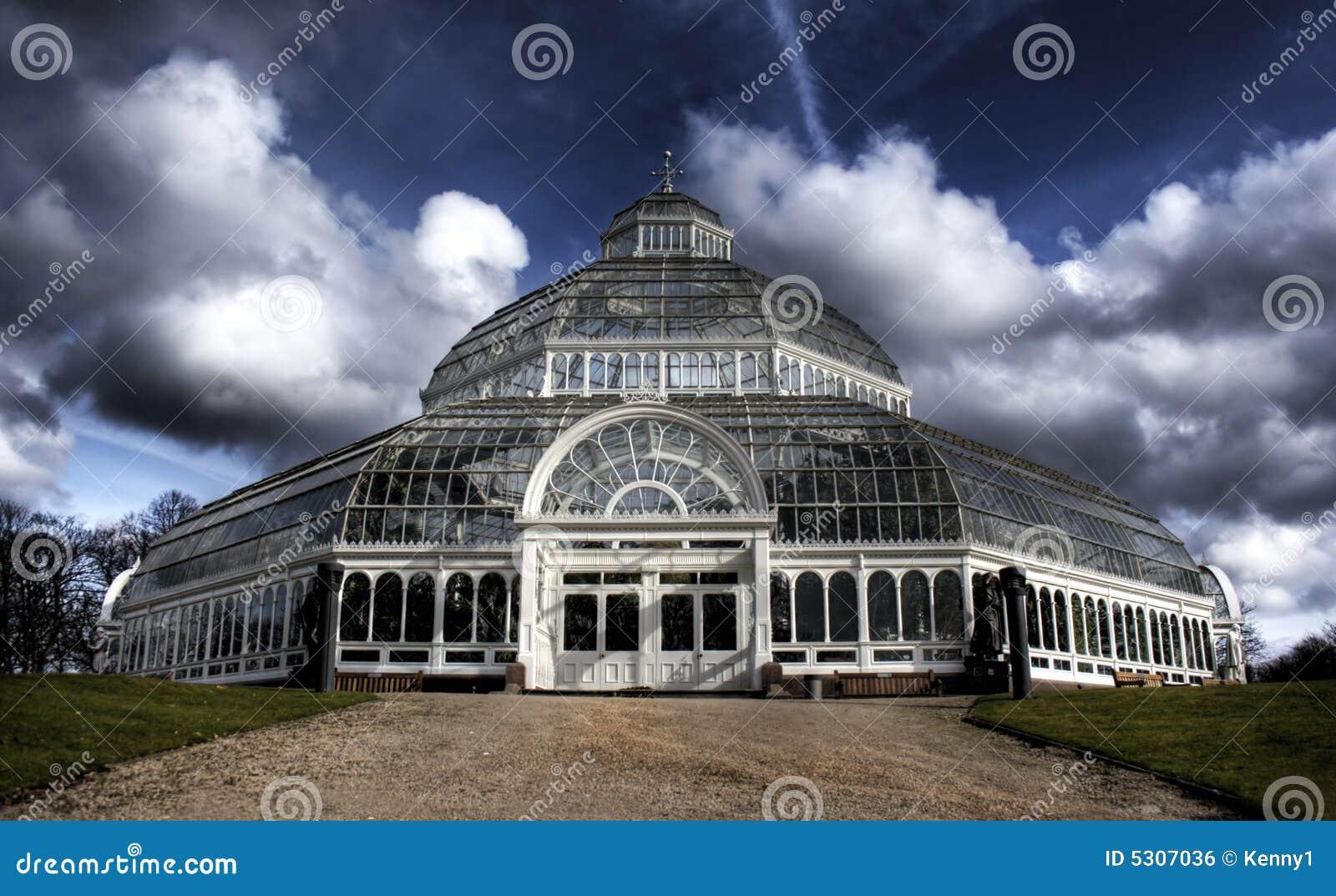 Download Immagine Di HDR Della Casa Di Palma Della Sosta Di Sefton Liverpool Fotografia Stock - Immagine di domed, nube: 5307036