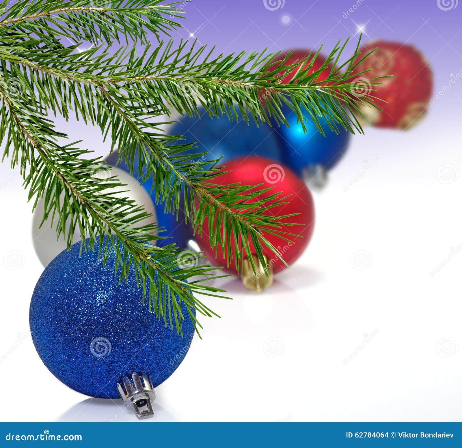 Immagine isolata molte decorazioni di Natale