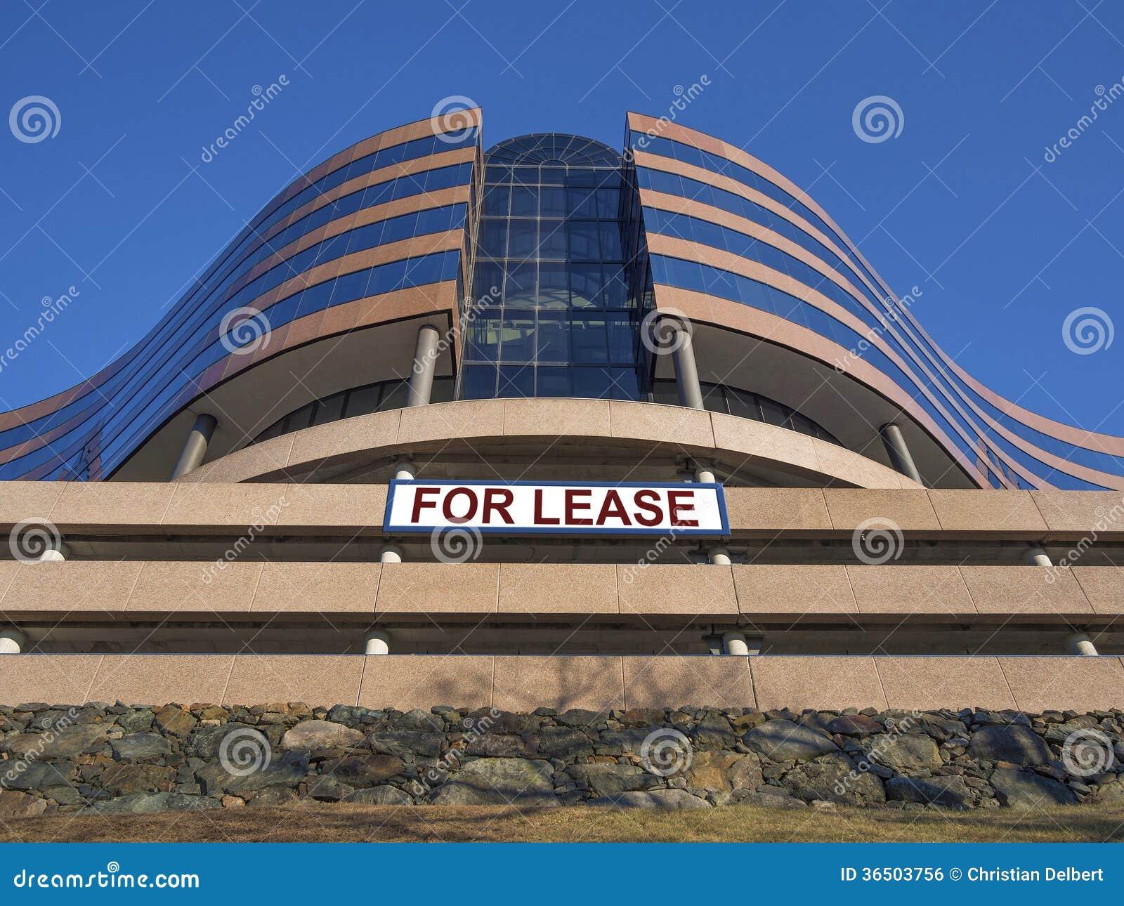 Immeuble de bureaux moderne pour le bail ou le loyer