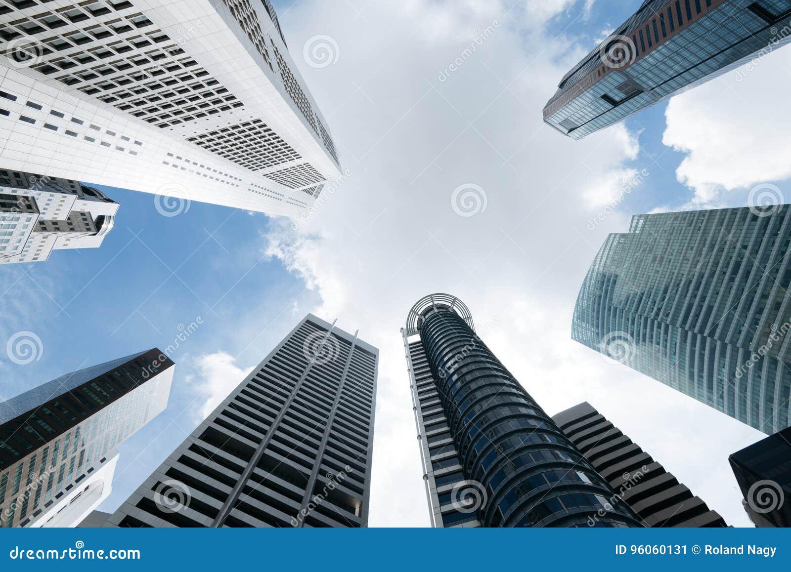 Immeubles de bureaux modernes à singapour image stock image du