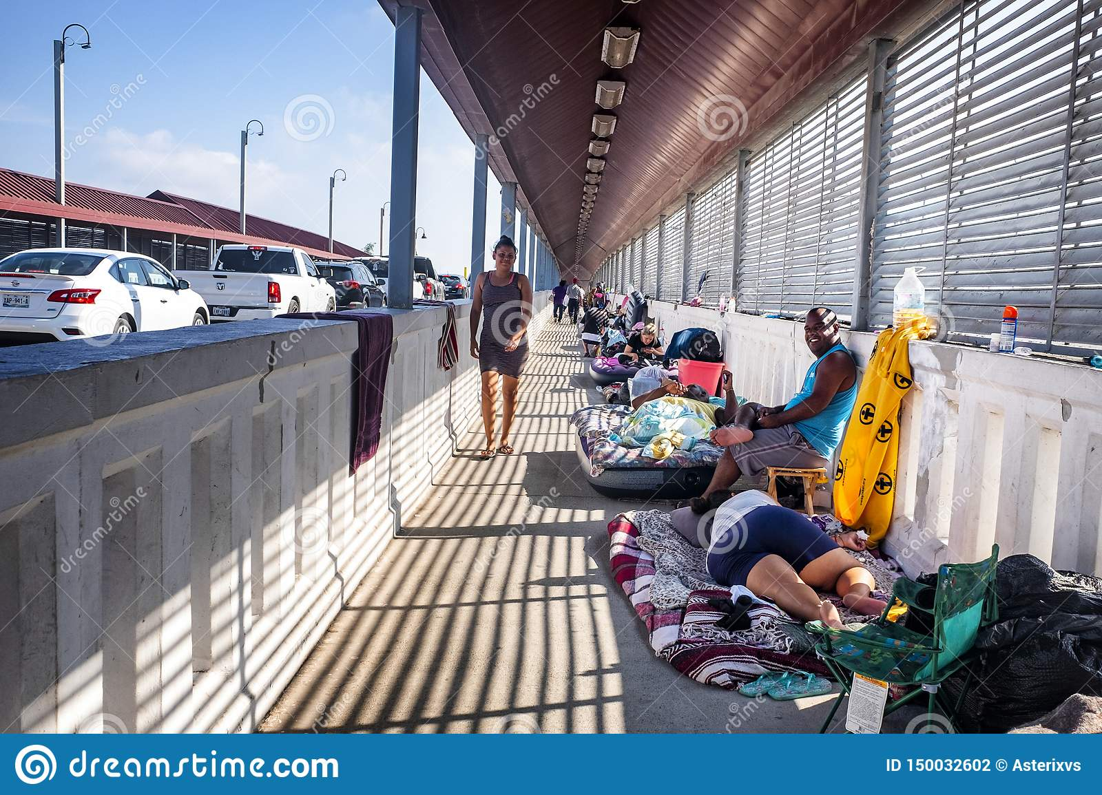Immigrants At US Mexico Border Editorial Photography - Image of