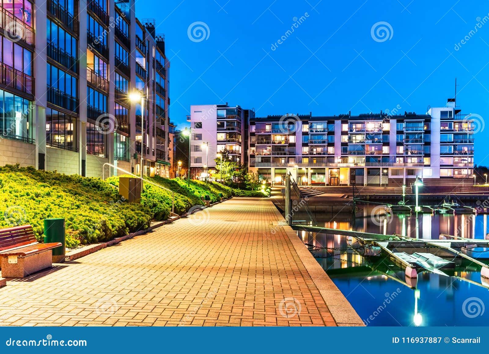 Immobiliers modernes de secteur résidentiel
