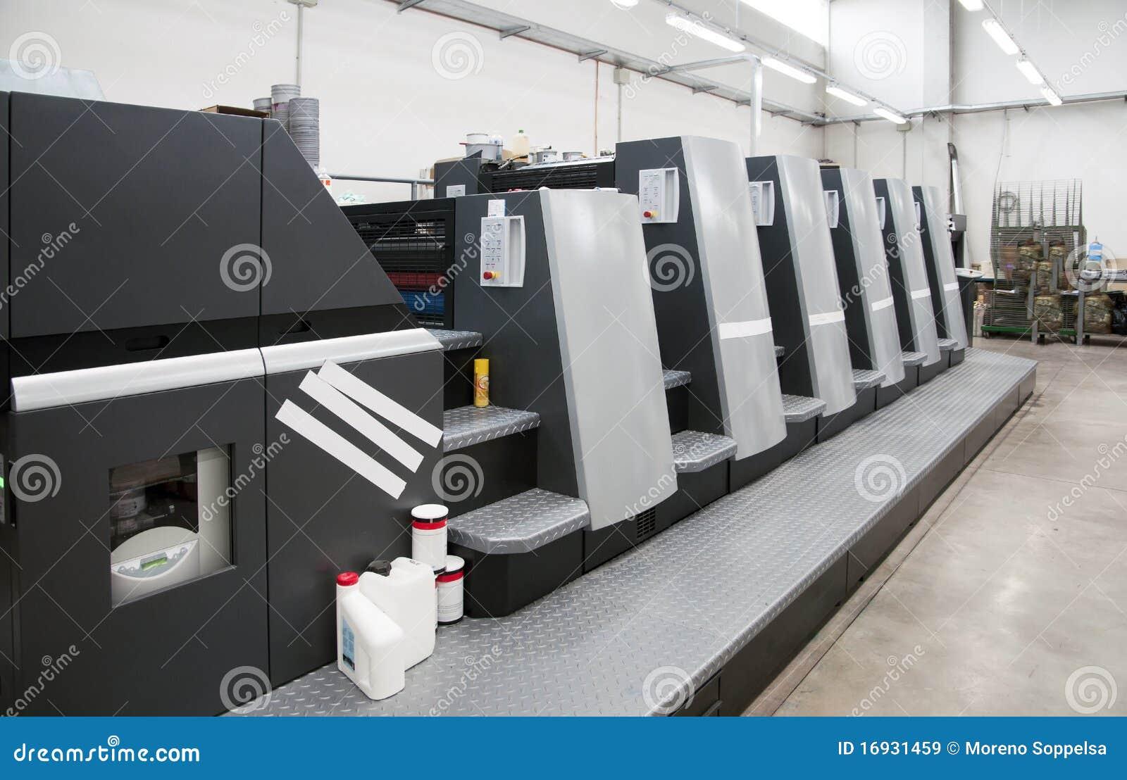 Impresión de la prensa (imprenta) - desplazamiento