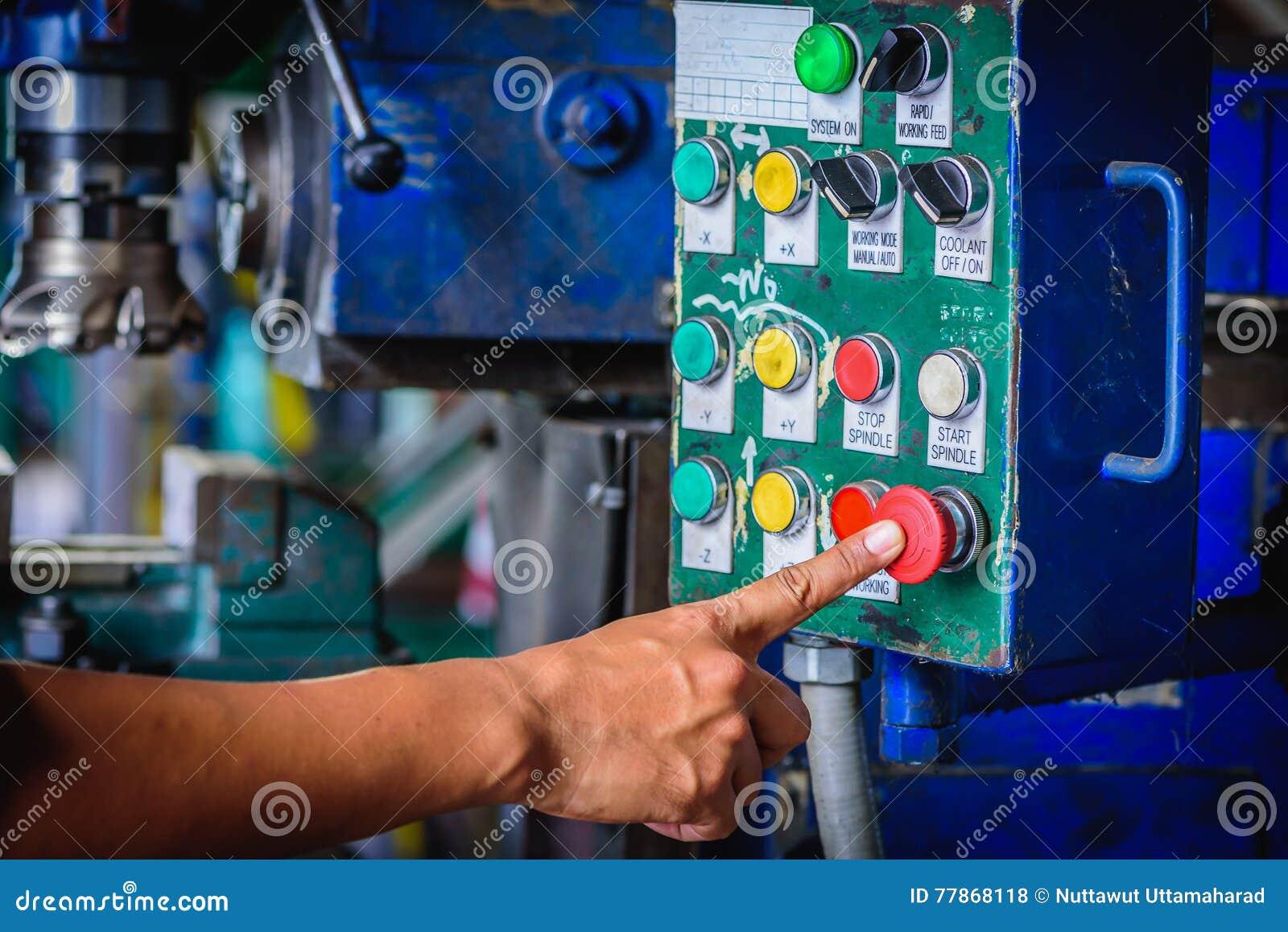 Impulso do dedo na máquina de trituração vermelha do interruptor de parada da emergência