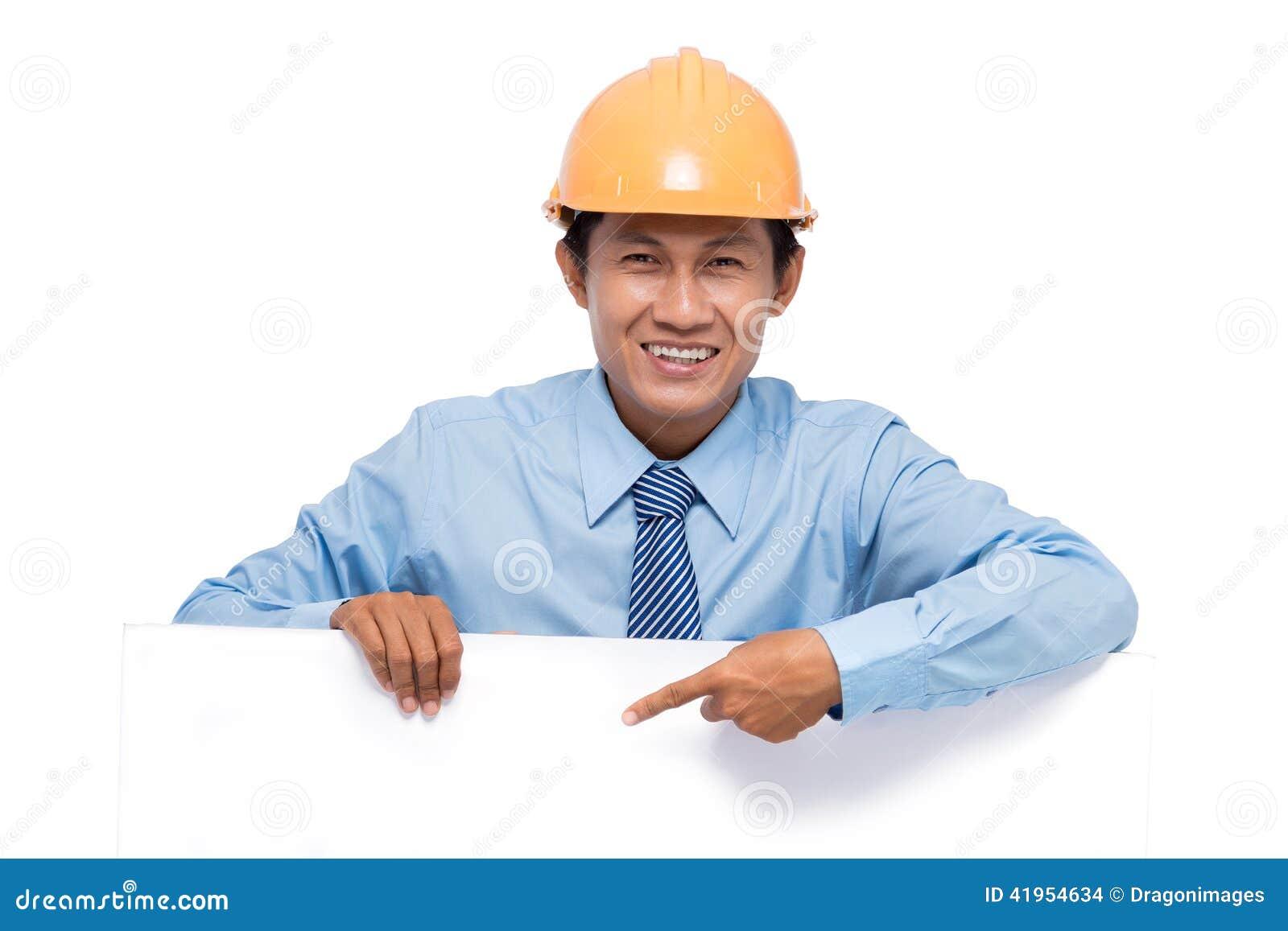 Inżynier z pustą deską