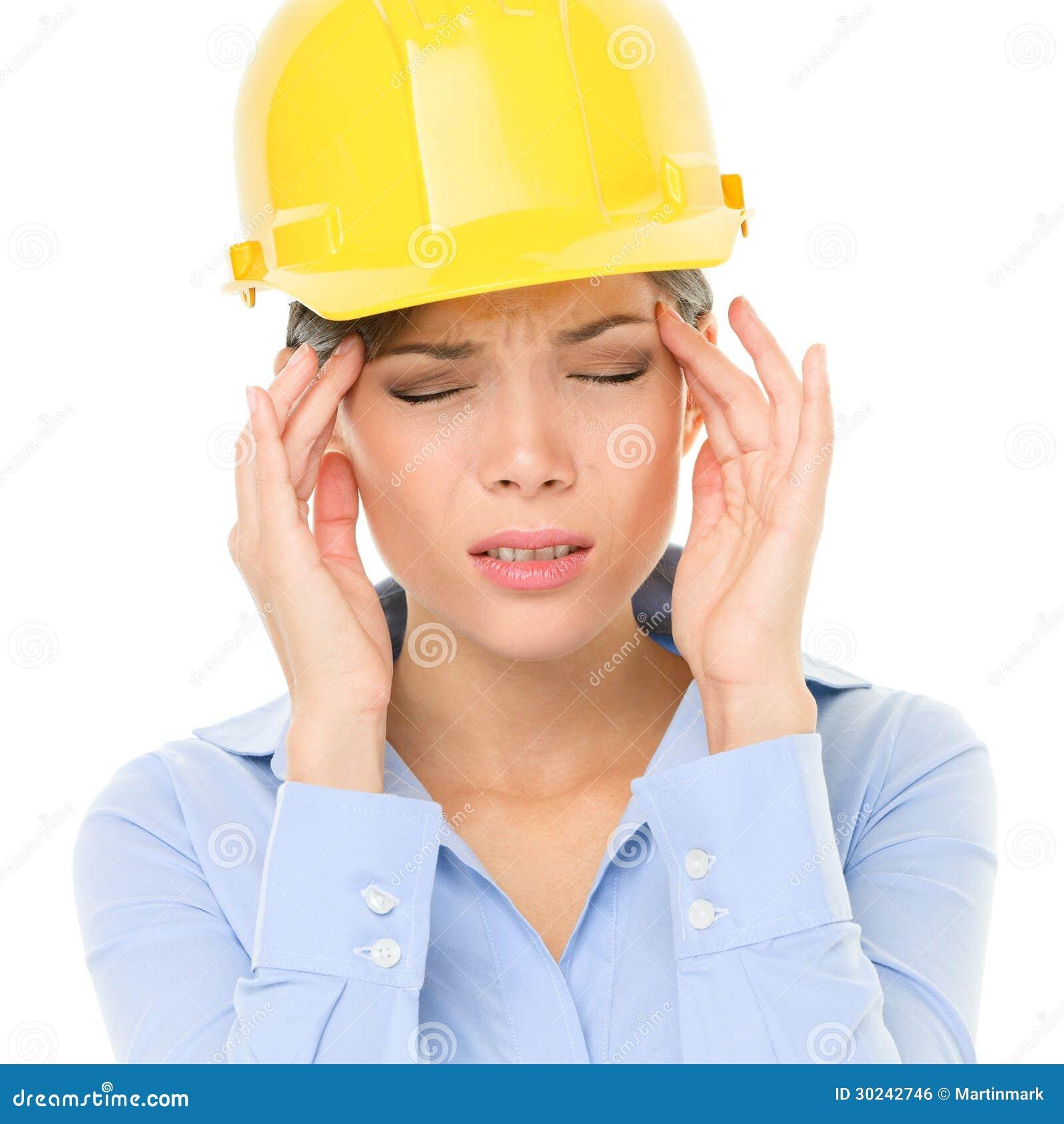 Inżyniera lub architekta kobiety pracownika migreny stres