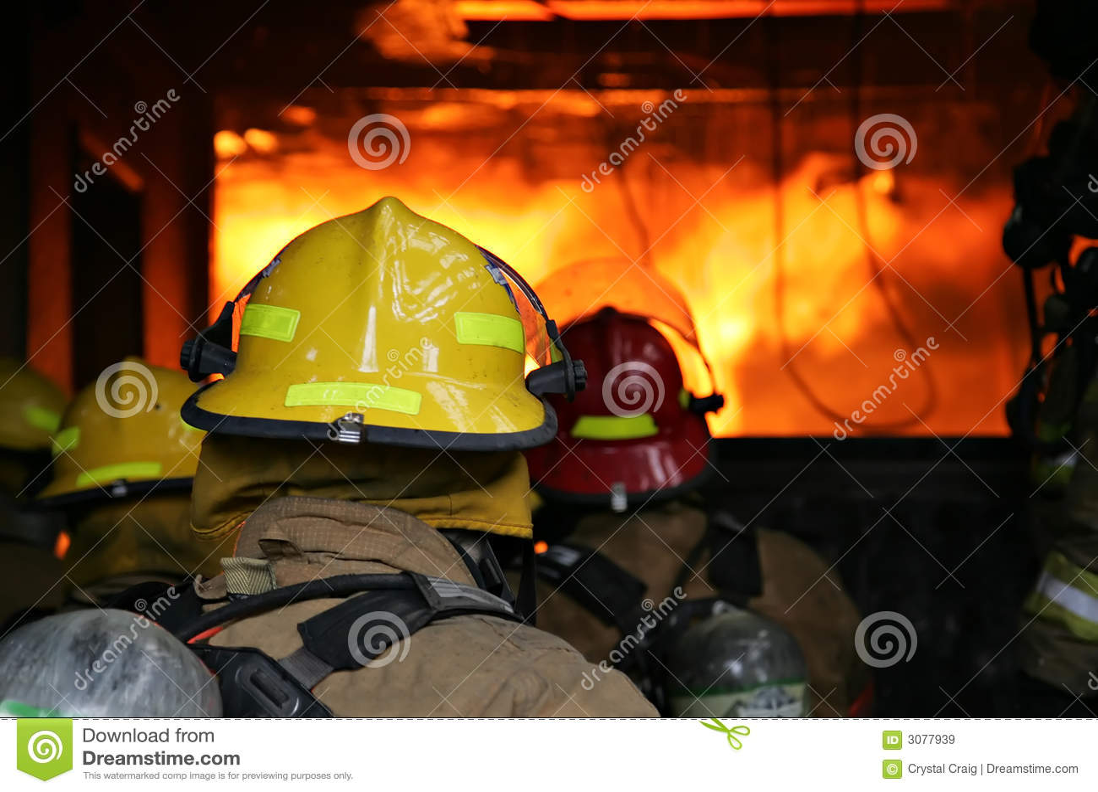 Incendie de structure de sapeurs-pompiers