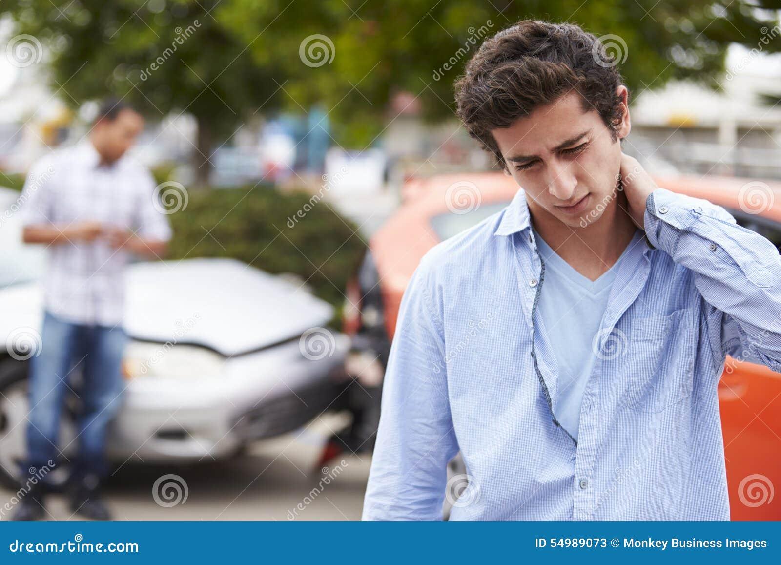 Incidente di traffico adolescente di Suffering Whiplash Injury del driver