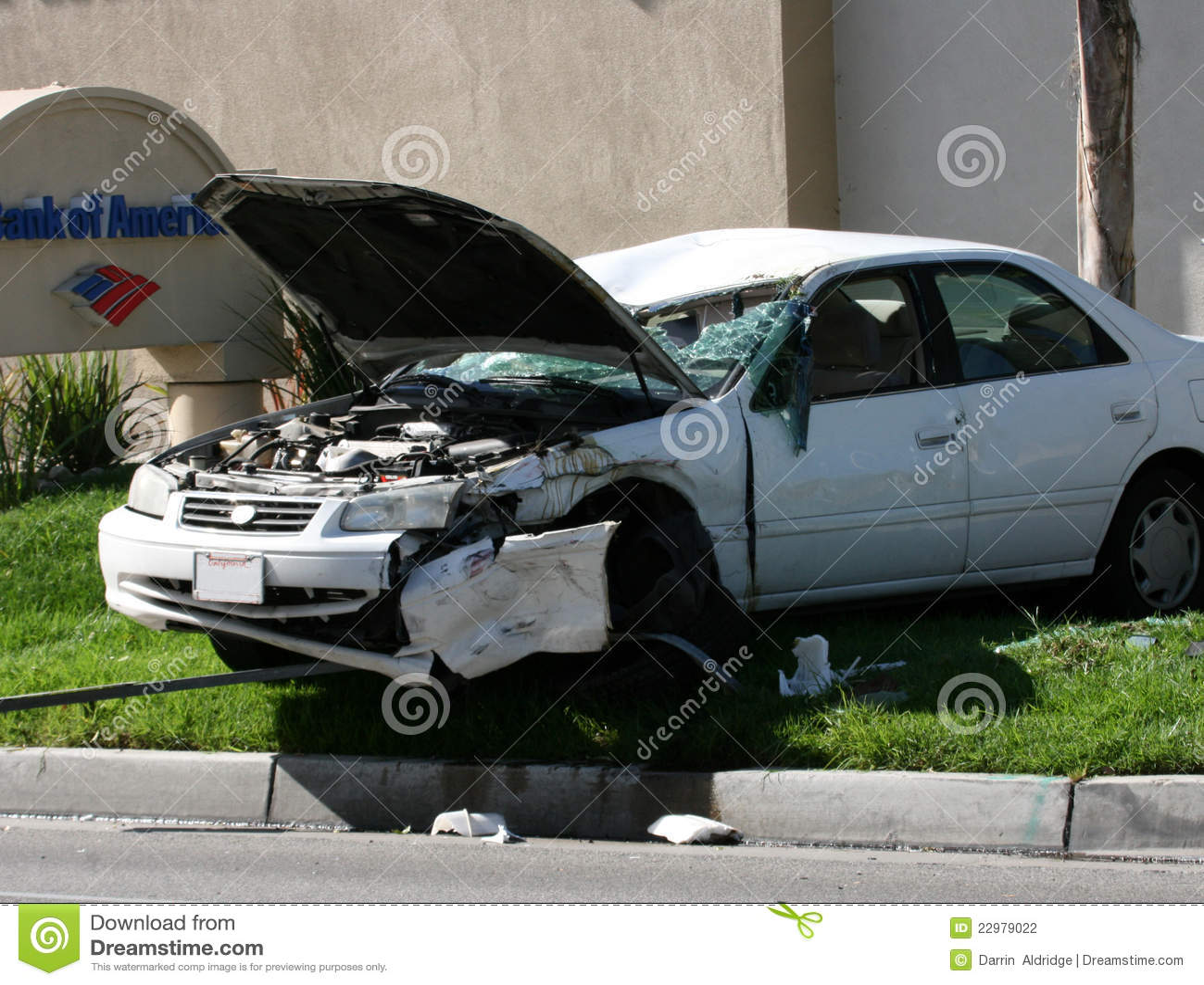 Incidente stradale sull erba