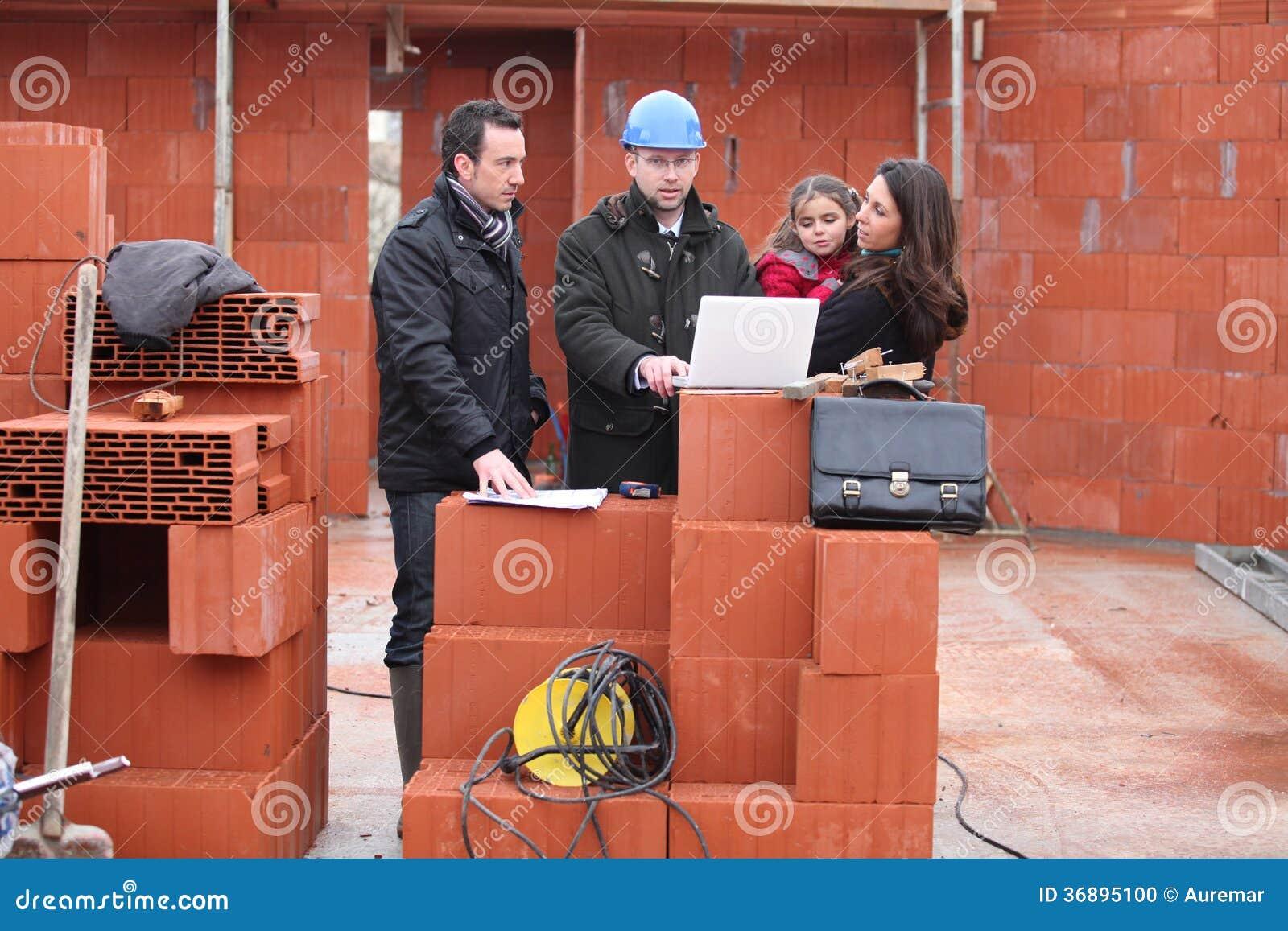 Download Incontrando Il Loro Architetto Fotografia Stock - Immagine di capace, architettura: 36895100