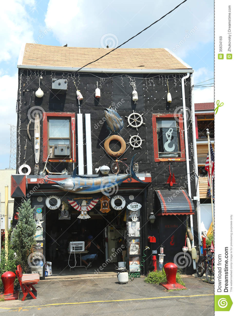 Incredible house in red hook section in brooklyn editorial for Buying a house in brooklyn