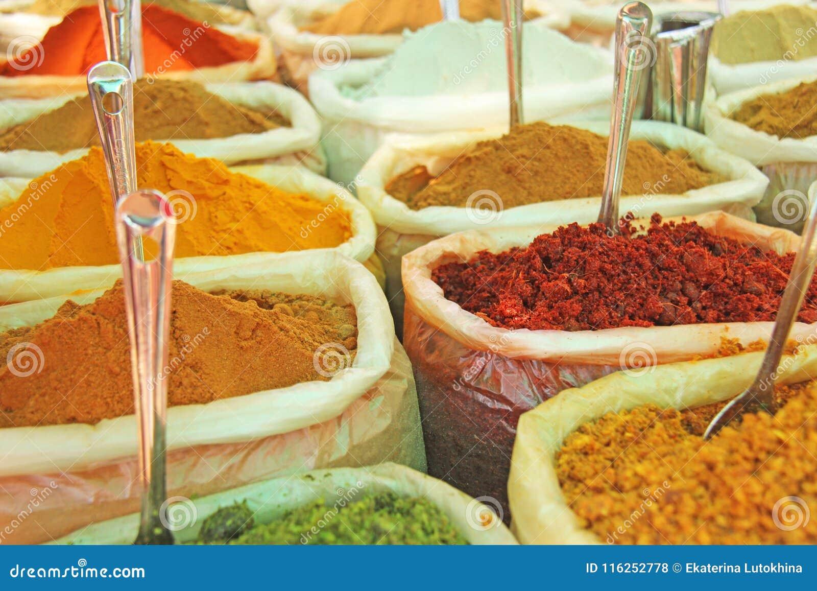 Inde d épices Des épices sont vendues sur le marché dans l Inde Poivron rouge