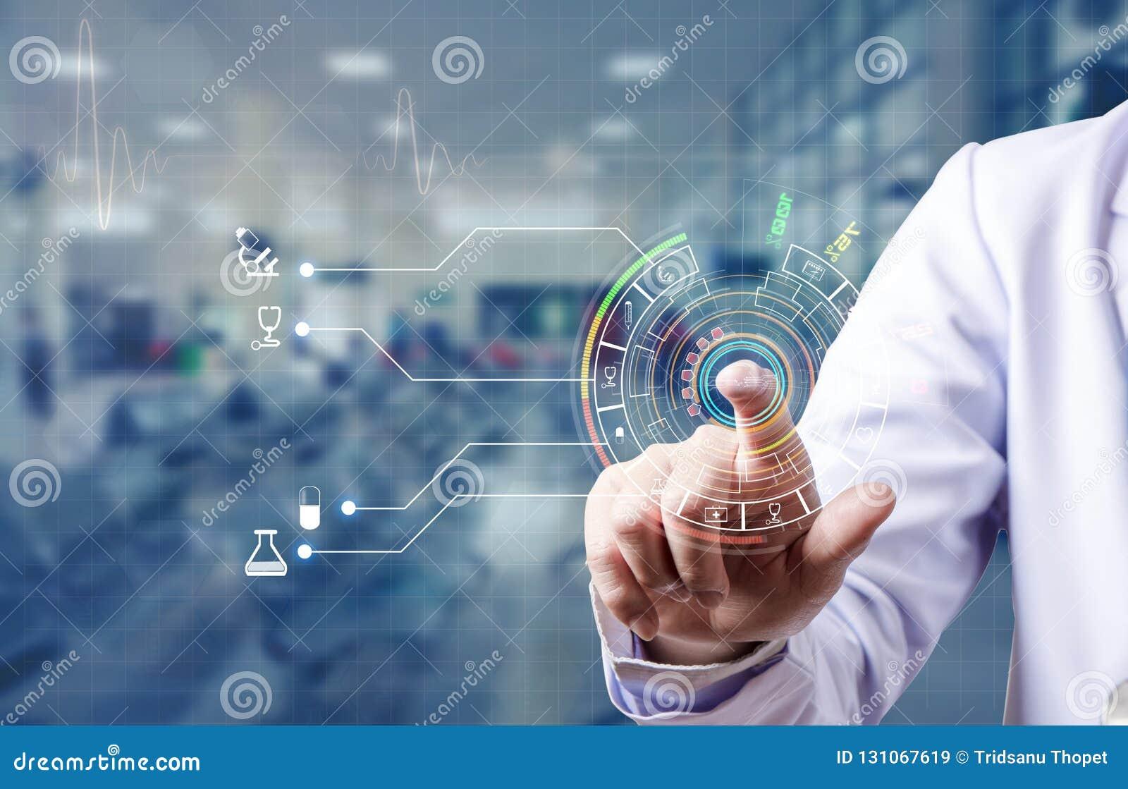 Index et ouverture de balayage de docteur pour la base de données médicale du tapotement