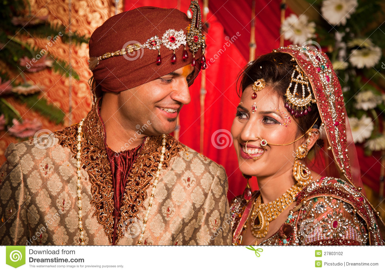 Indian Bride And Groom Stock Photo 27803102 Megapixl