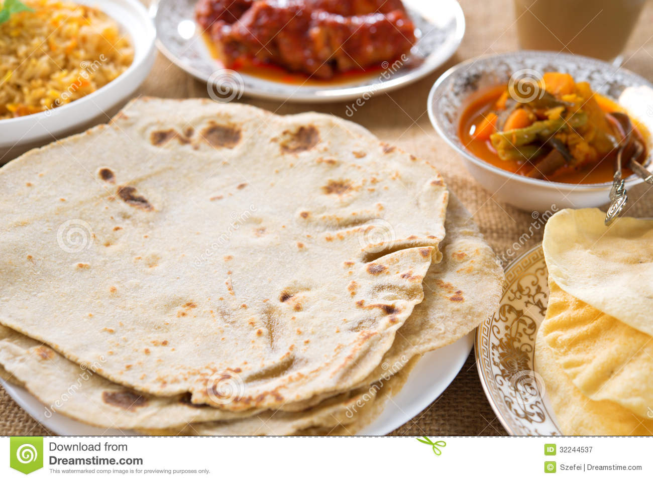 Indian Food Royalty Free Stock Photography - Image: 32244537