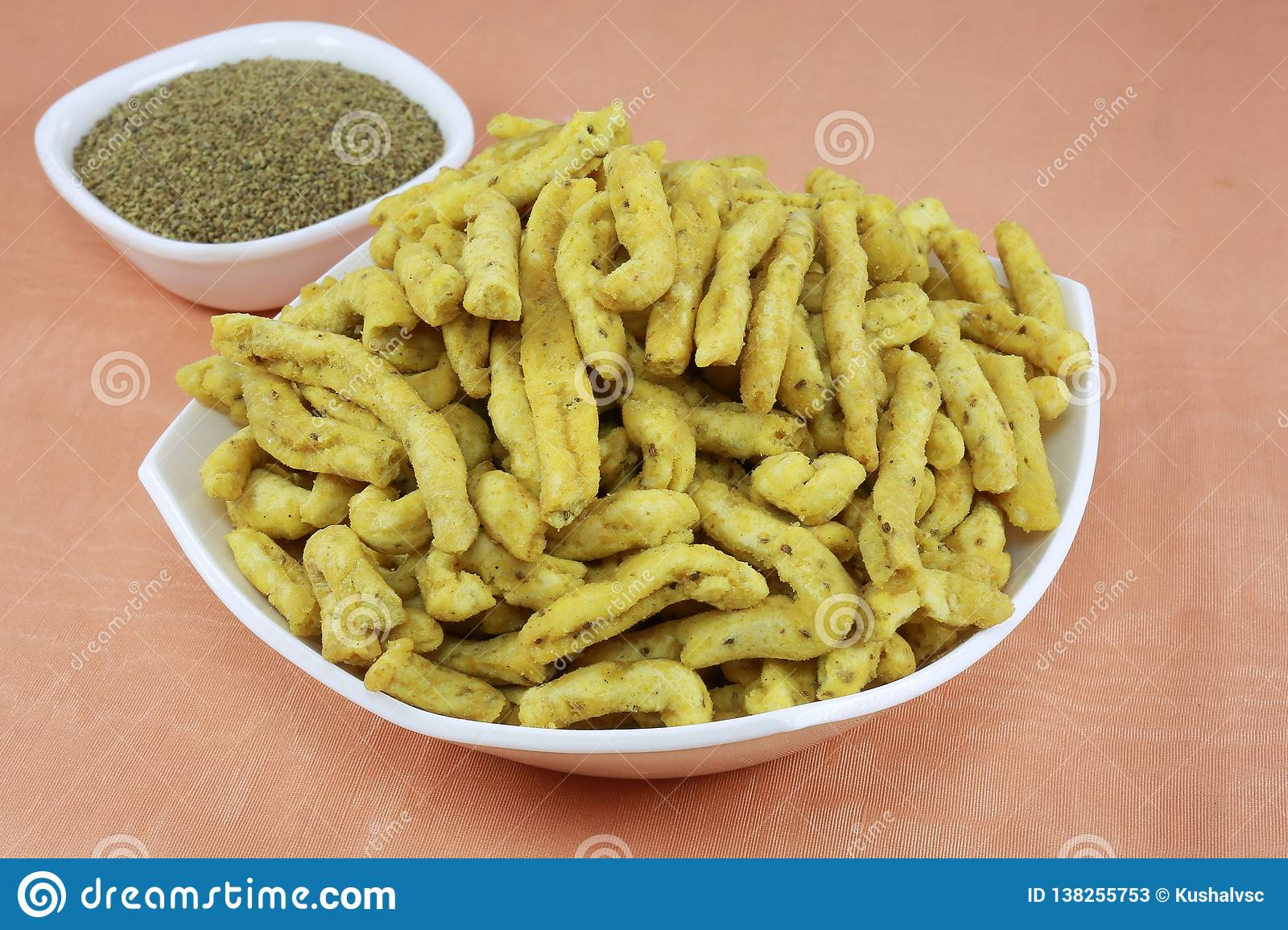 INDIAN NAMKEEN SNACKS GATHIYA BESAN