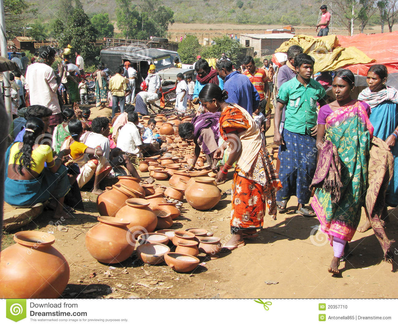 marketing crocs in a rural area Rural consumer is different there is a vast difference in the lifestyles of the rural and urban consumers the rural indian consumer is economically, socially, and psychographically different from his urban counterpart.
