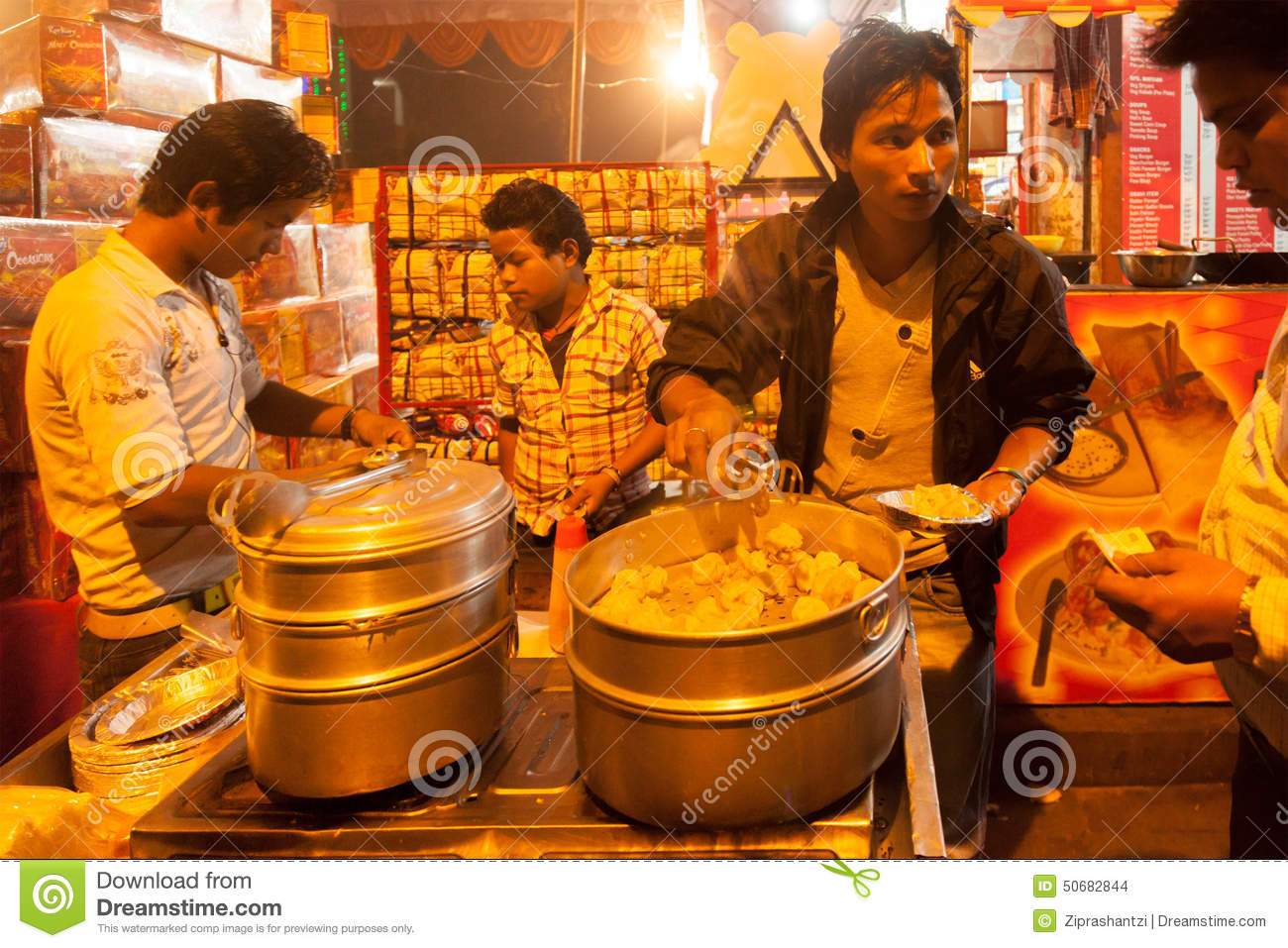 What is the meaning of vendor in hindi driverlayer for Cuisine meaning in hindi