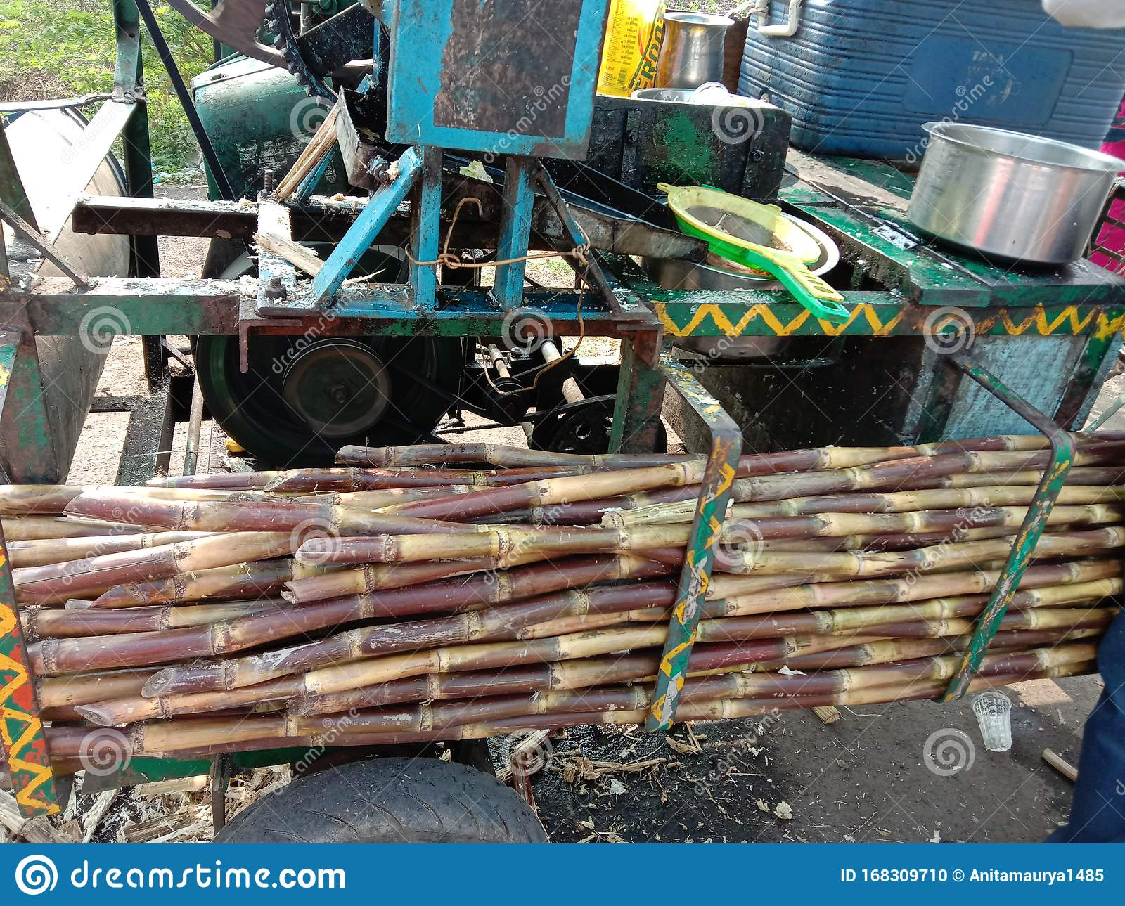 Indian Style Instant Fresh Sugarcane Juice Extractor Machine Stock Photo Image Of Extract Cane 168309710