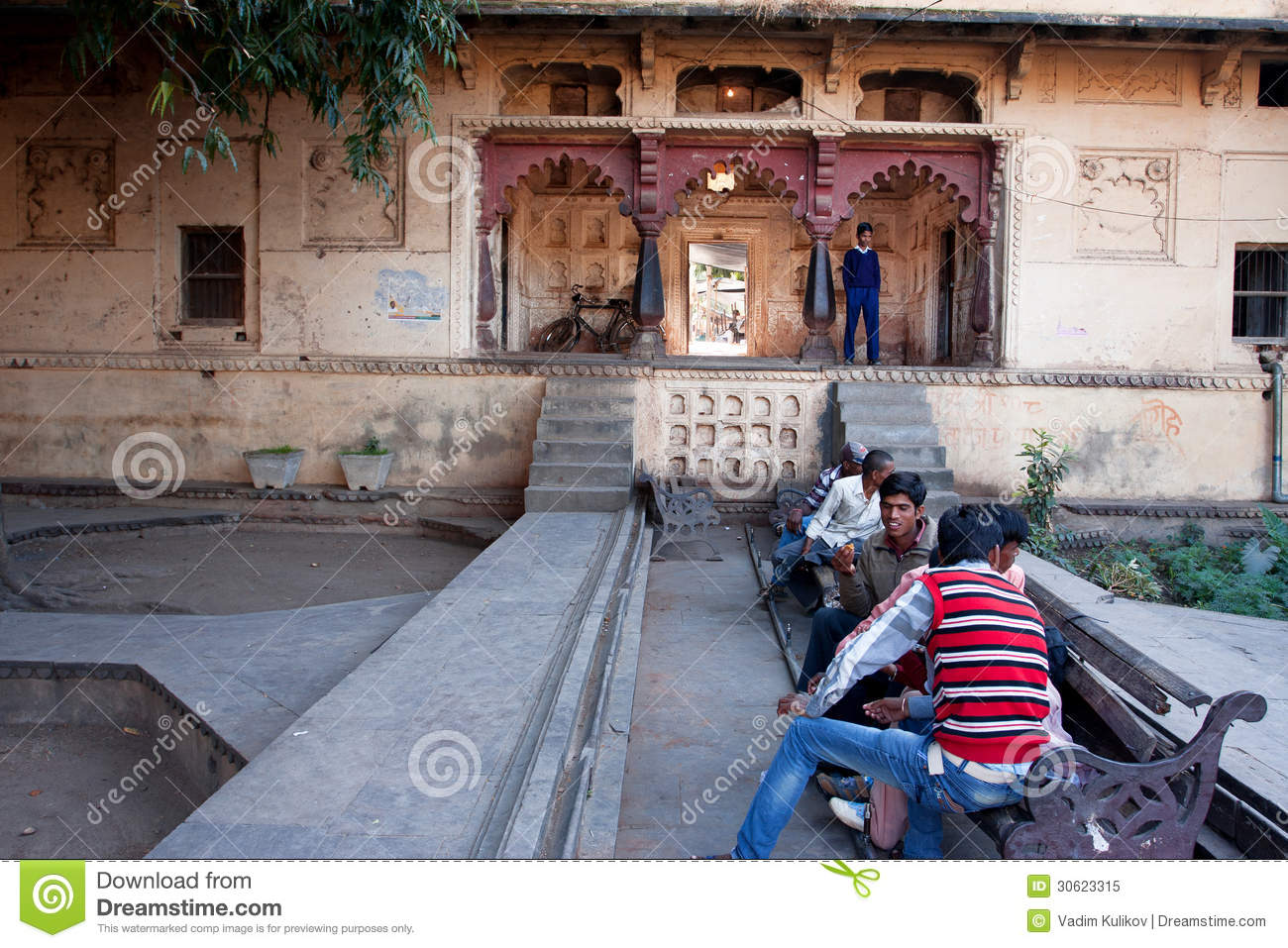 hindu single men in steele city Find local singles on indiandating, an online dating site that makes it fun for single men and women looking for love and romance to find their soulmate.