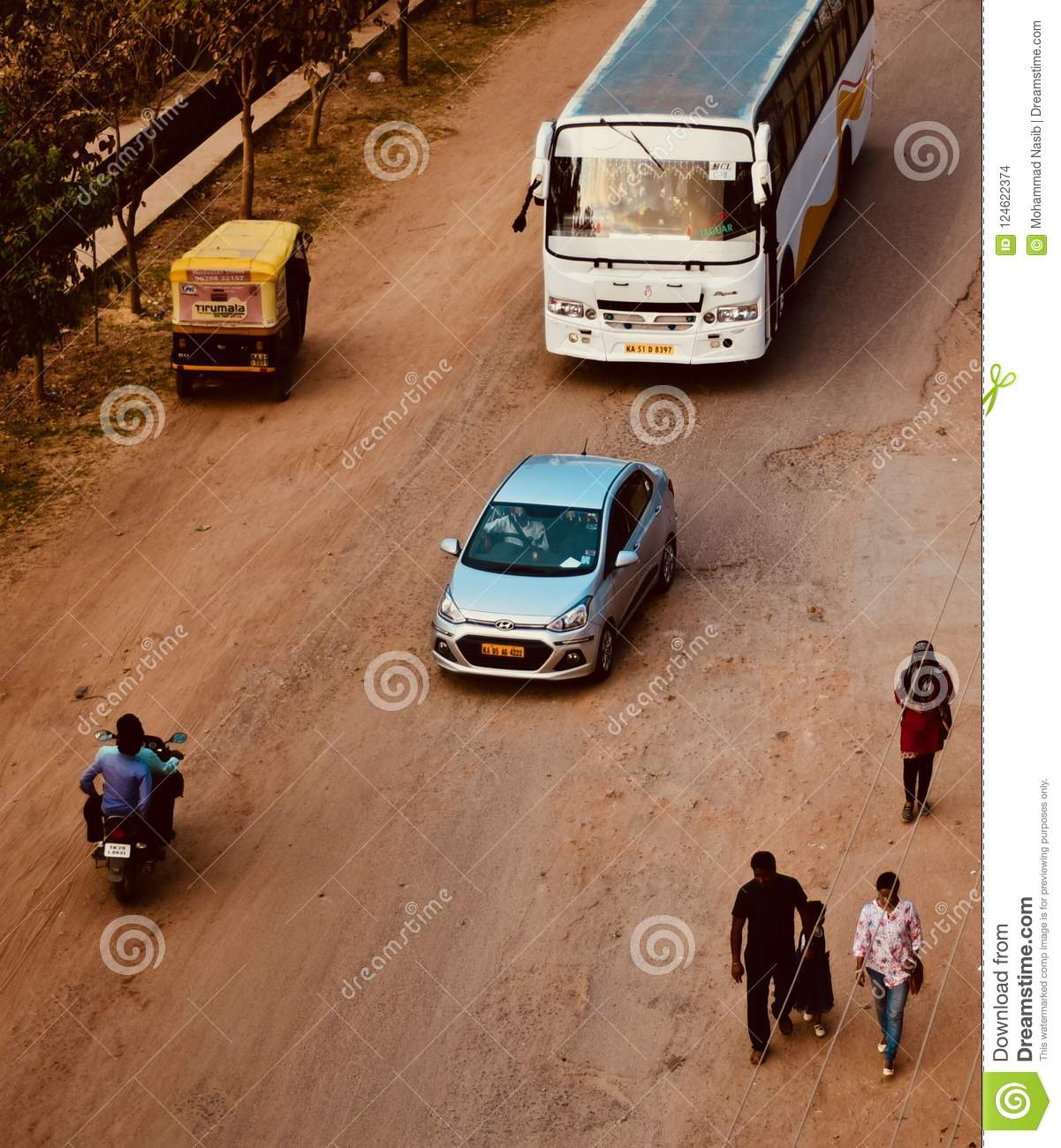 Download Indian Vehicles Are Running In An Urban Road Unique Photo Editorial Stock Image - Image of running, bangalore: 124622374