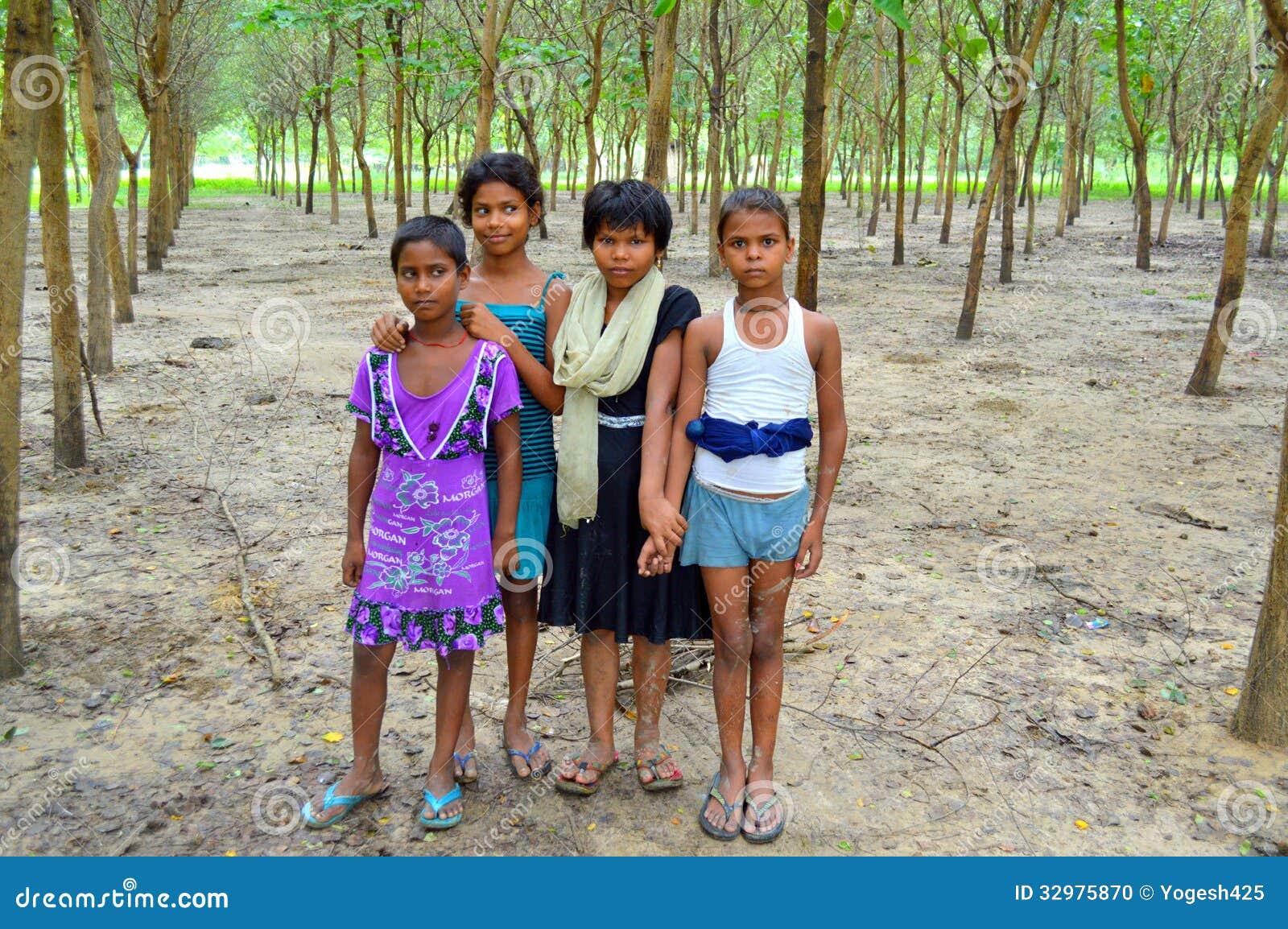Indian Village Girls Editorial Image Image Of Beautiful - 32975870-4809
