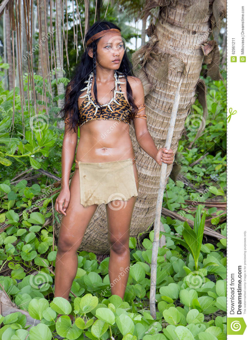 indian girls forcely nude in jungle