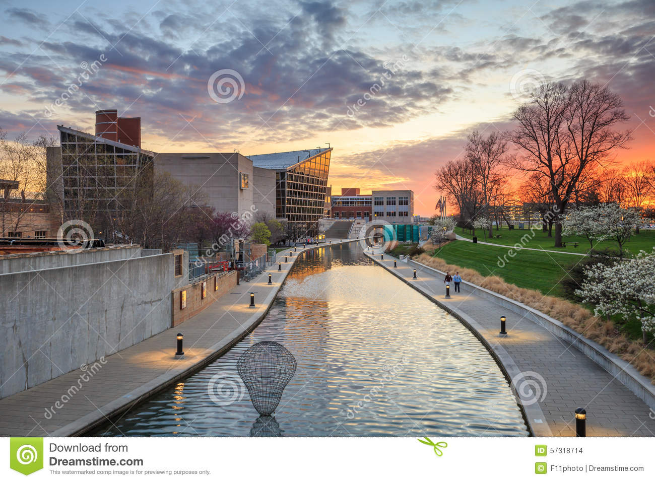 Download Indiana State Museum At Sunset Stock Photo - Image of architecture, modern: 57318714